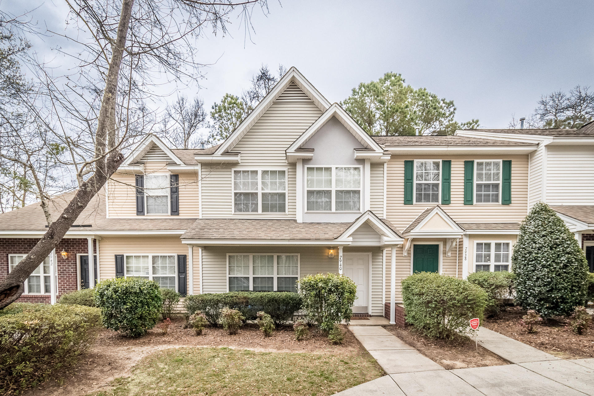 7940 Shadow Oak Drive North Charleston, SC 29406