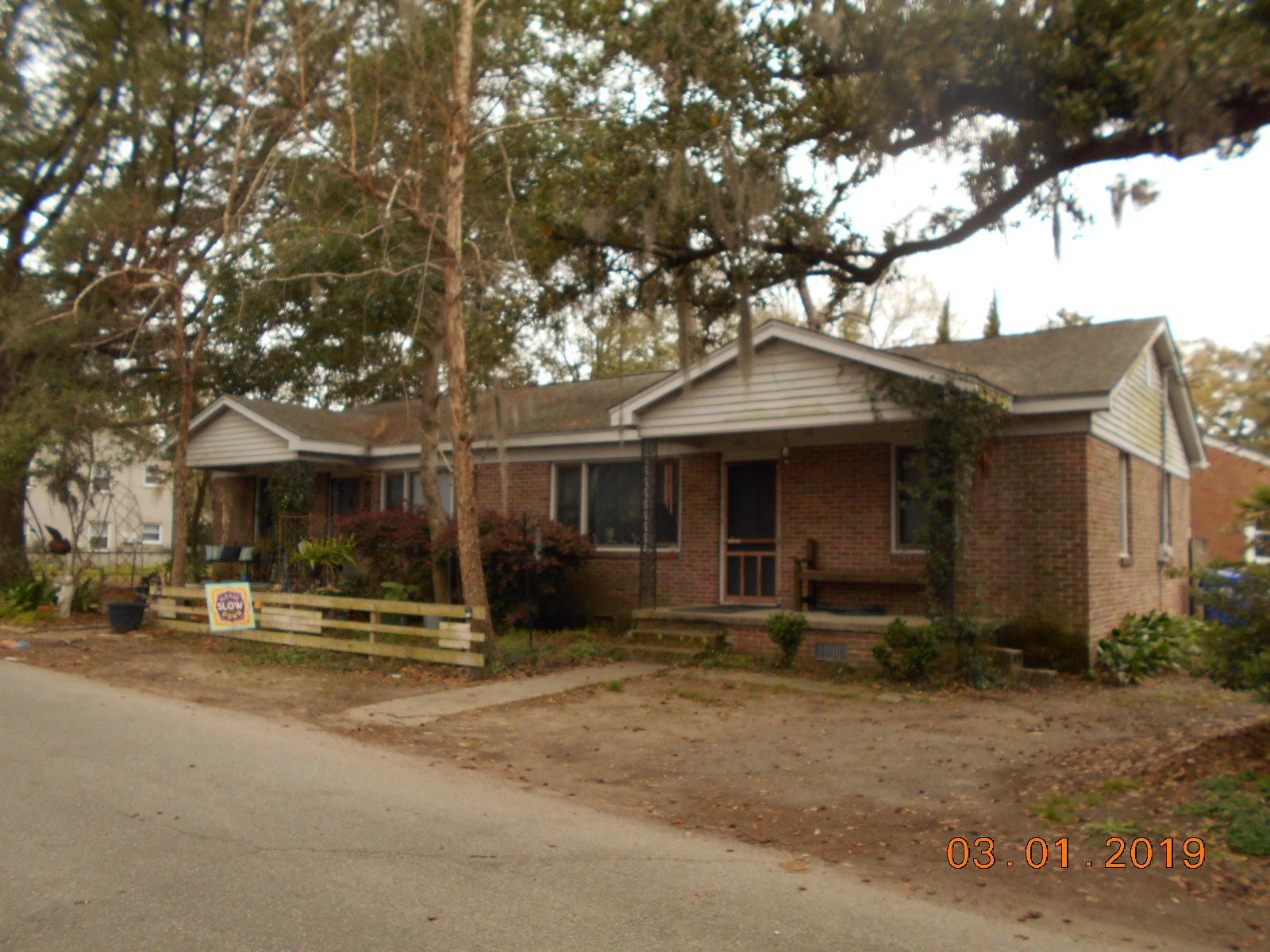 1804 2ND Drive Charleston, SC 29407