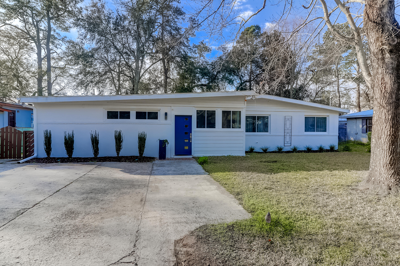 1453 S Sherwood Drive Charleston, SC 29407