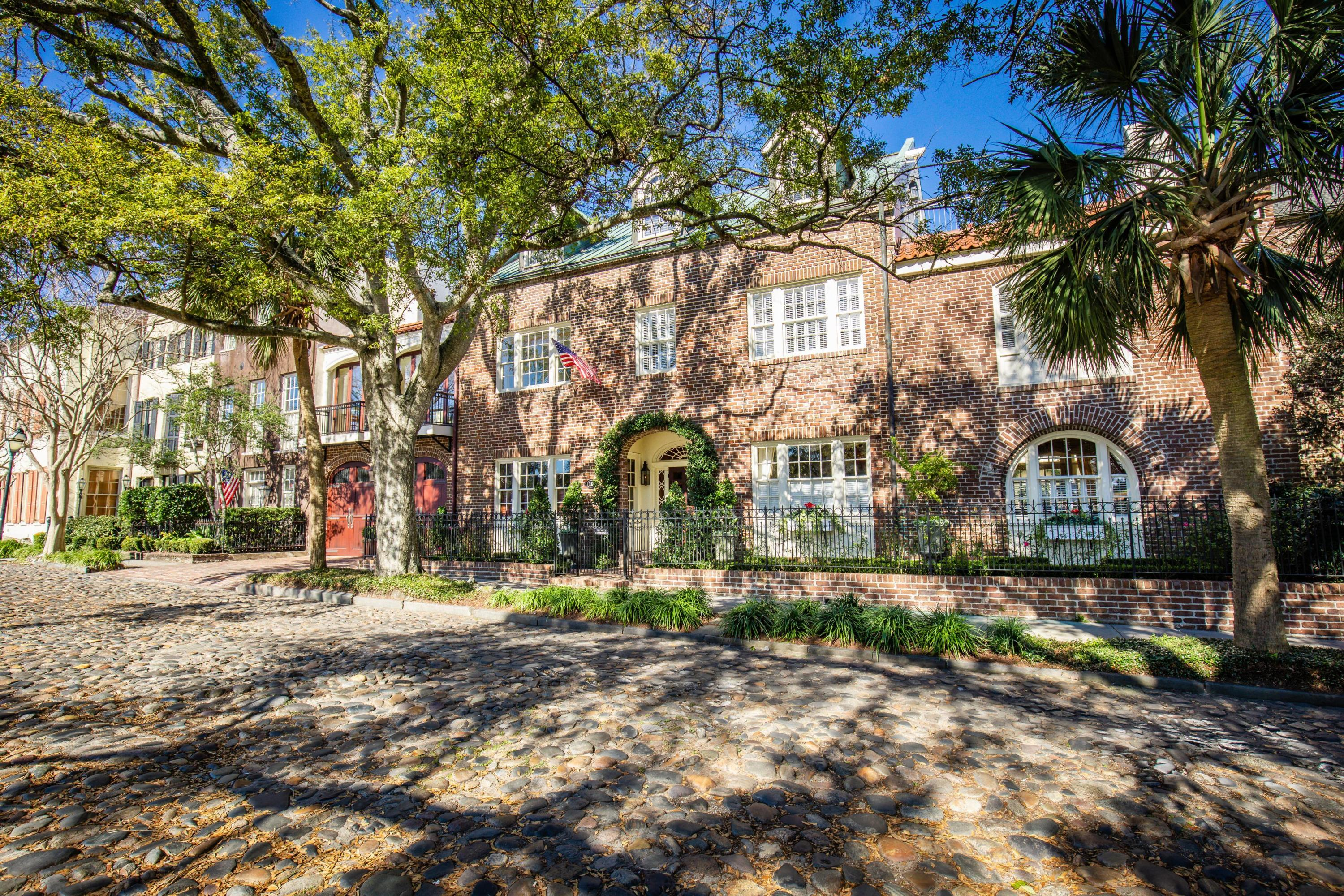 South of Broad Homes For Sale - 16 Adgers Wharf, Charleston, SC - 69
