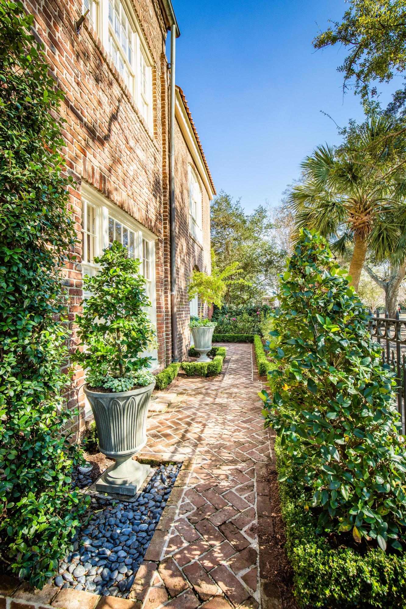 South of Broad Homes For Sale - 16 Adgers Wharf, Charleston, SC - 67