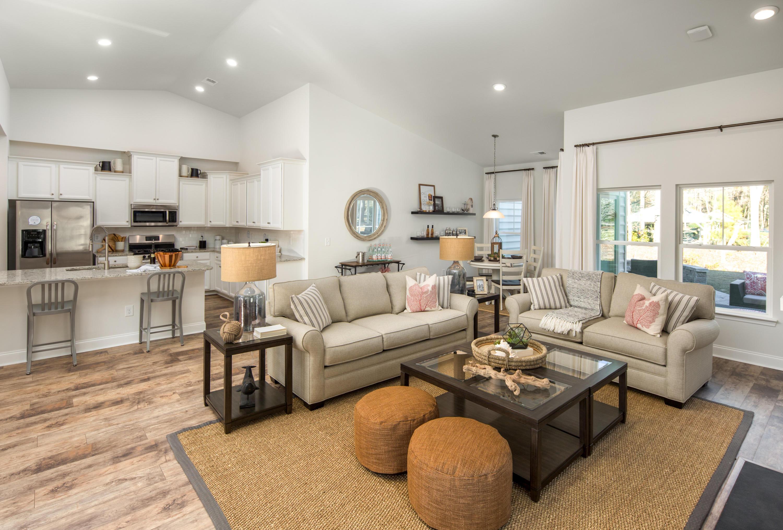 Park West Homes For Sale - 1376 Honor, Mount Pleasant, SC - 4
