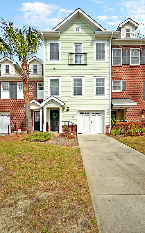 205 Etiwan Pointe Drive Mount Pleasant, SC 29464