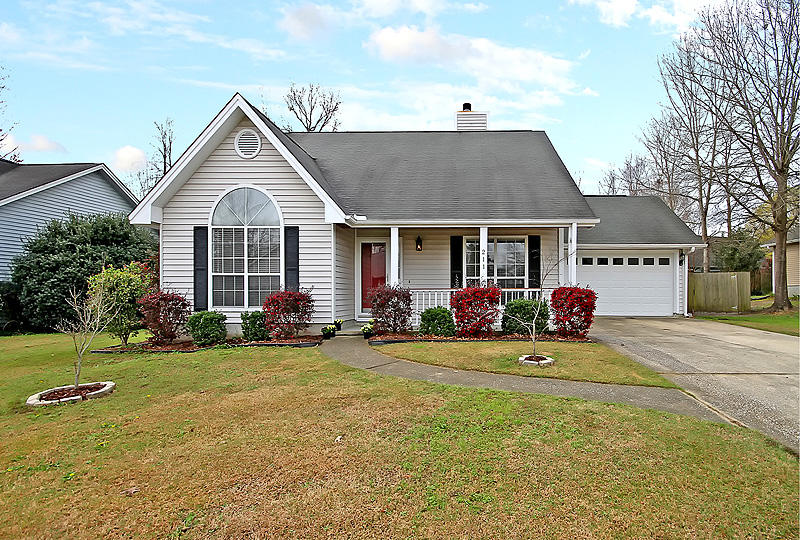 211 Woodland Lakes Road Goose Creek, SC 29445