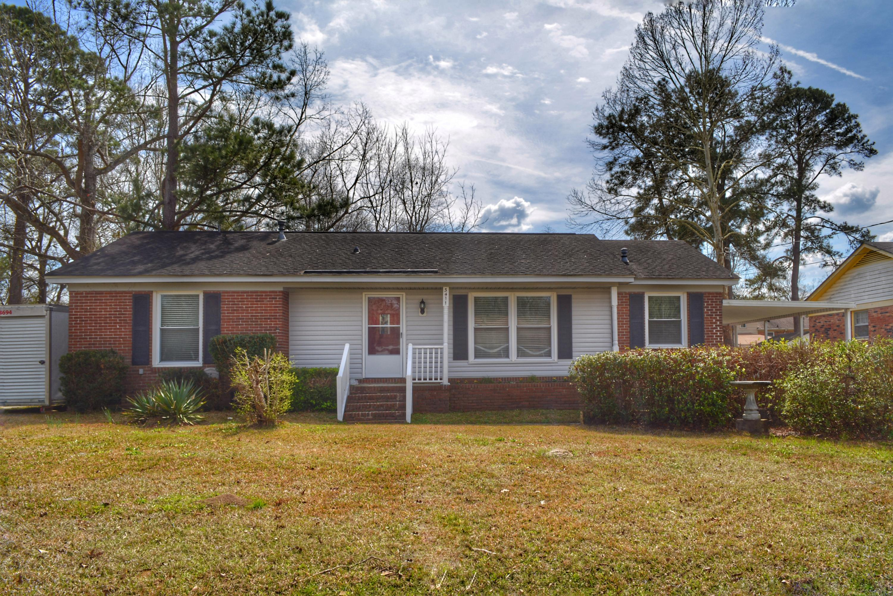 3411 Pinoca Lane North Charleston, SC 29420