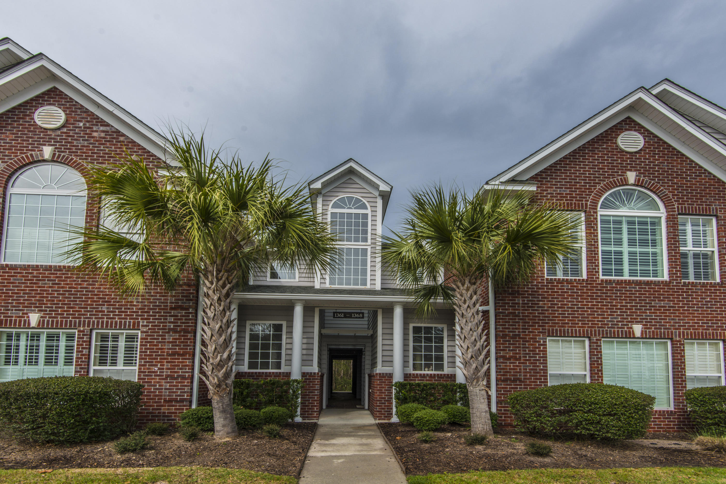 1361 Kingsford Lane Mount Pleasant, SC 29466