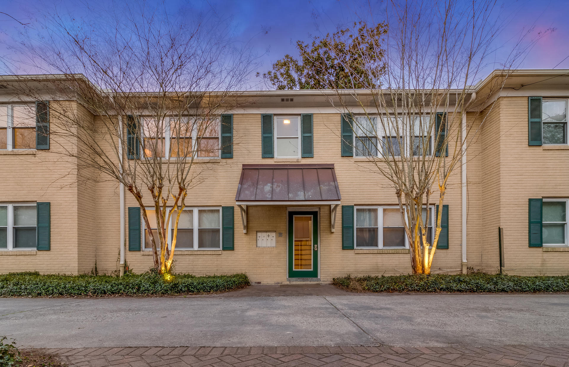 119 Wentworth Street Charleston, SC 29401