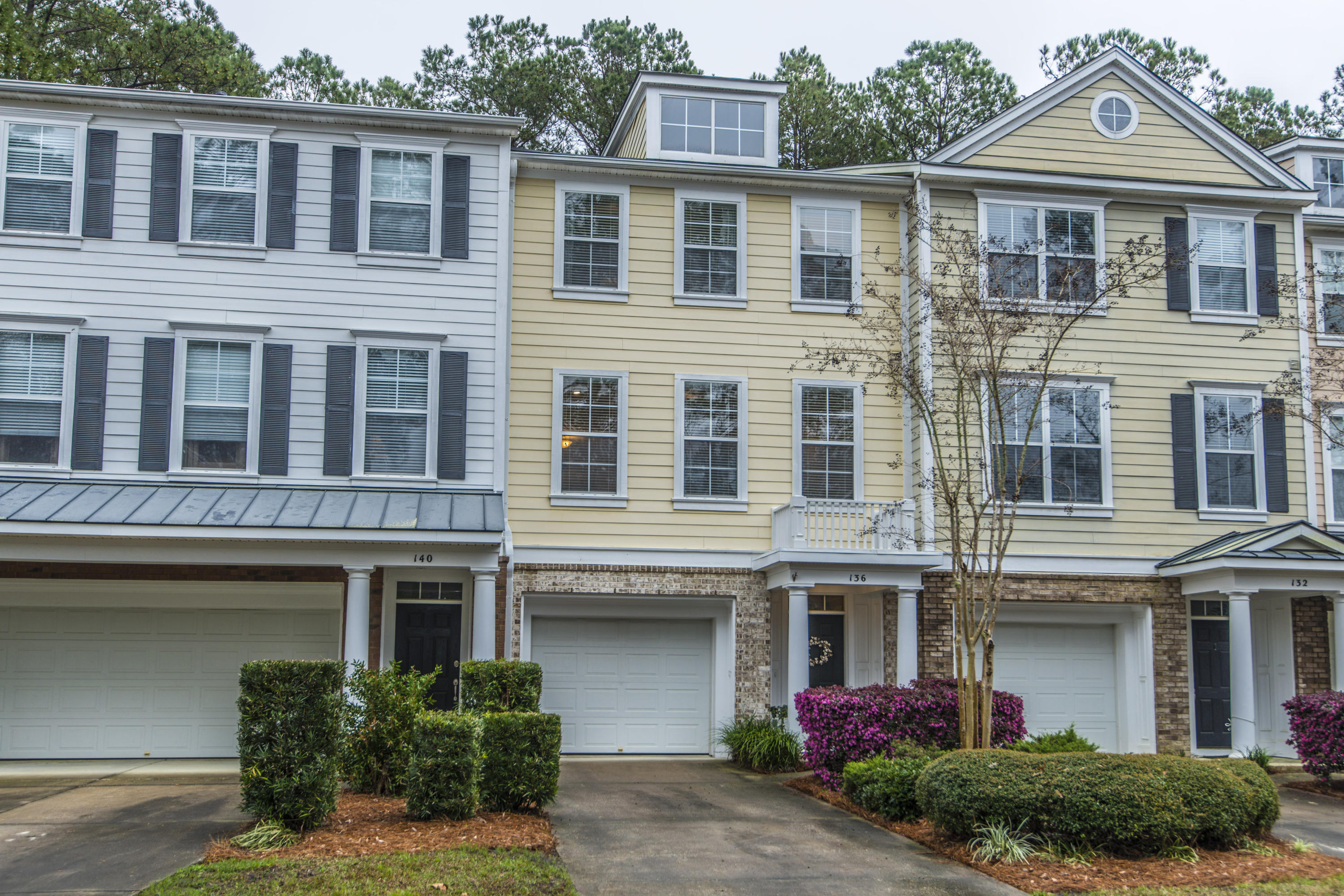 136 Fair Sailing Road Mount Pleasant, SC 29466