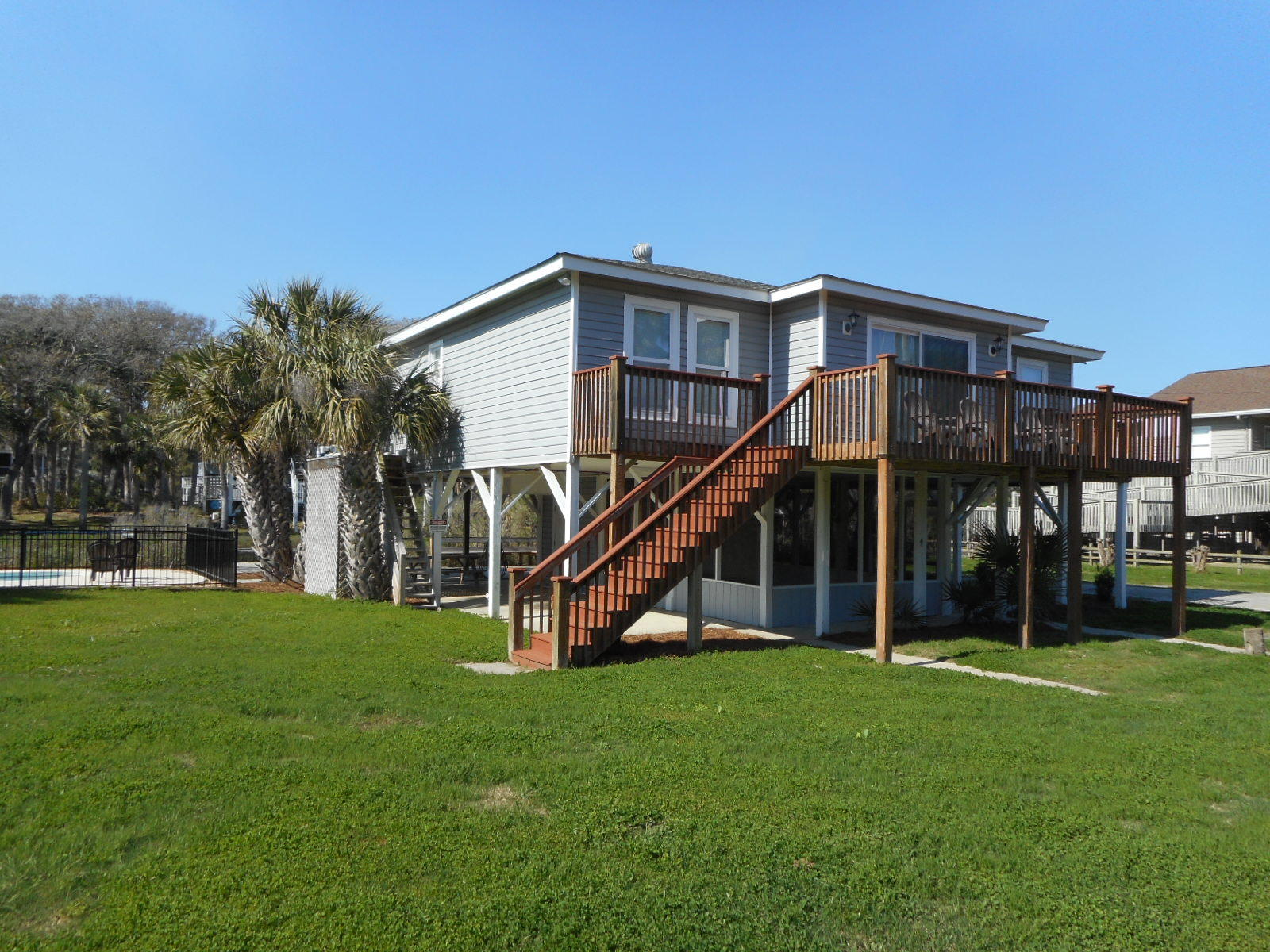 102 Mary Street Edisto Beach, SC 29438