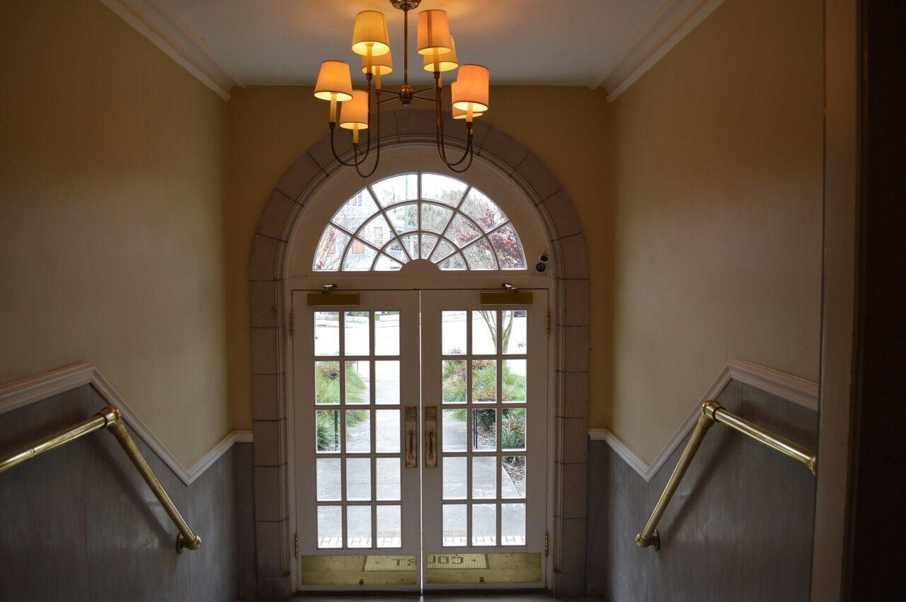 Berkeley Court Homes For Sale - 63 Rutledge, Charleston, SC - 6