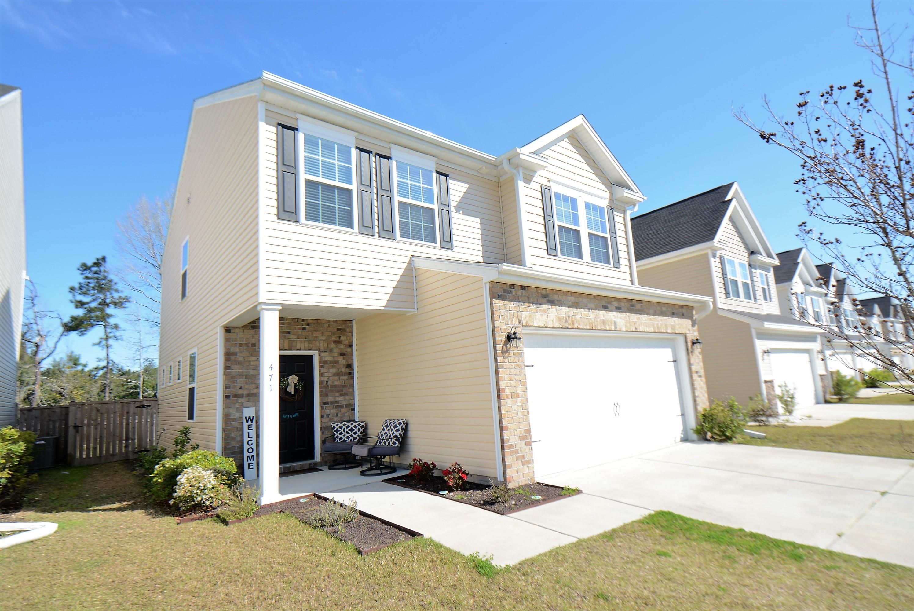 471 Whispering Breeze Lane Summerville, SC 29486