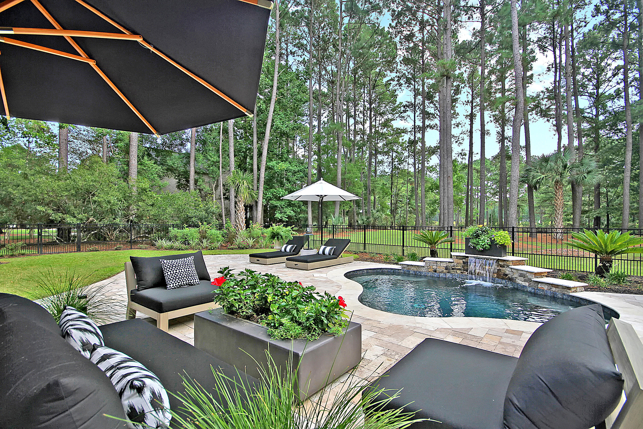 3695 Colonel Vanderhorst Circle Mount Pleasant, SC 29466