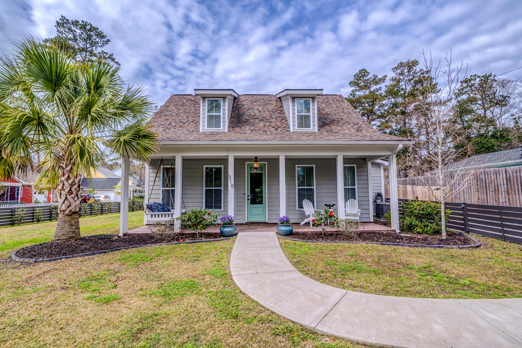 318 Simmons Avenue Summerville, SC 29483