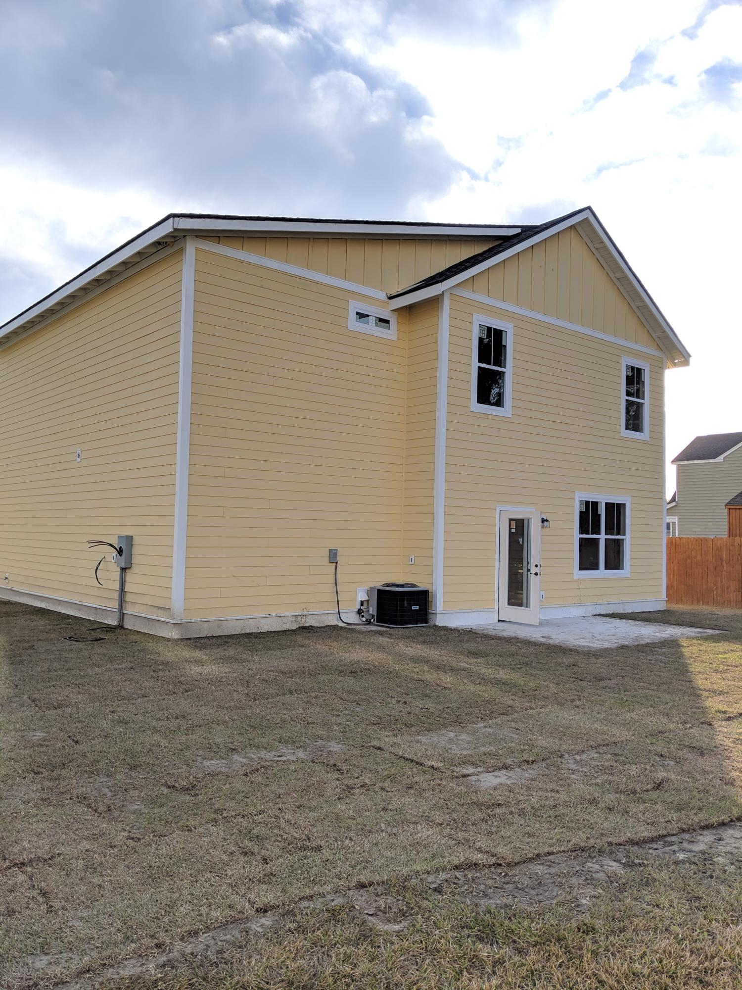 455 Sablewood Drive Huger, SC 29450