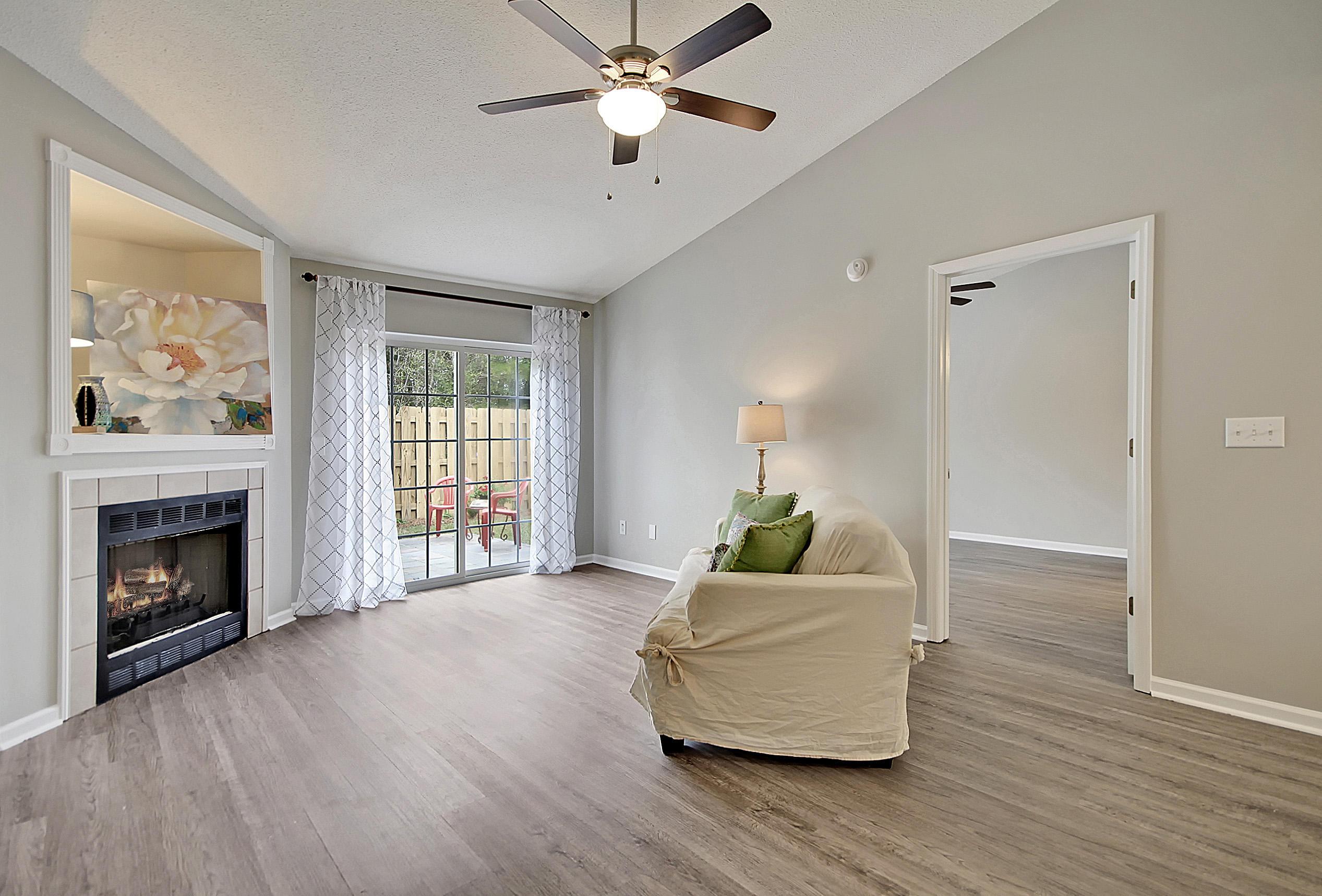1628 Dexter Lane Charleston, SC 29412