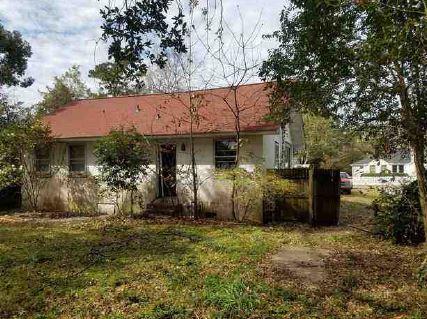 35 Riverdale Drive Charleston, SC 29407