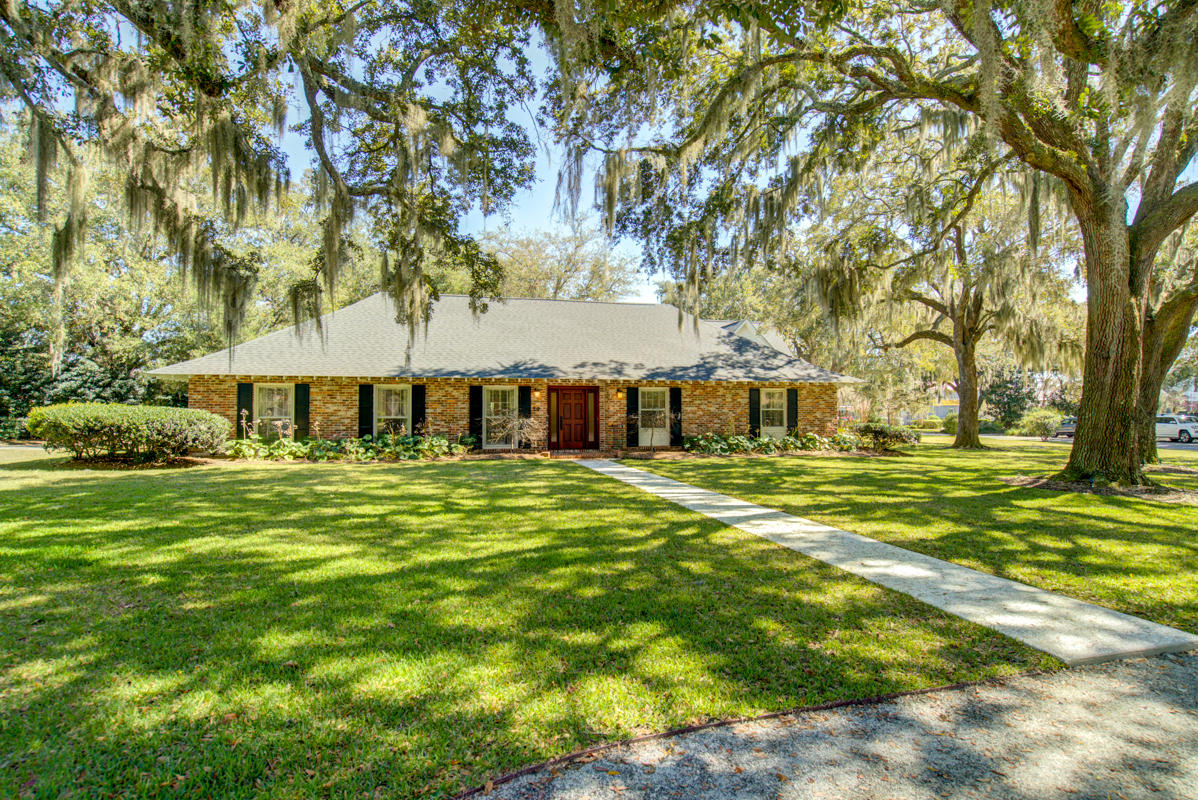 24 Broughton Road Charleston, SC 29407
