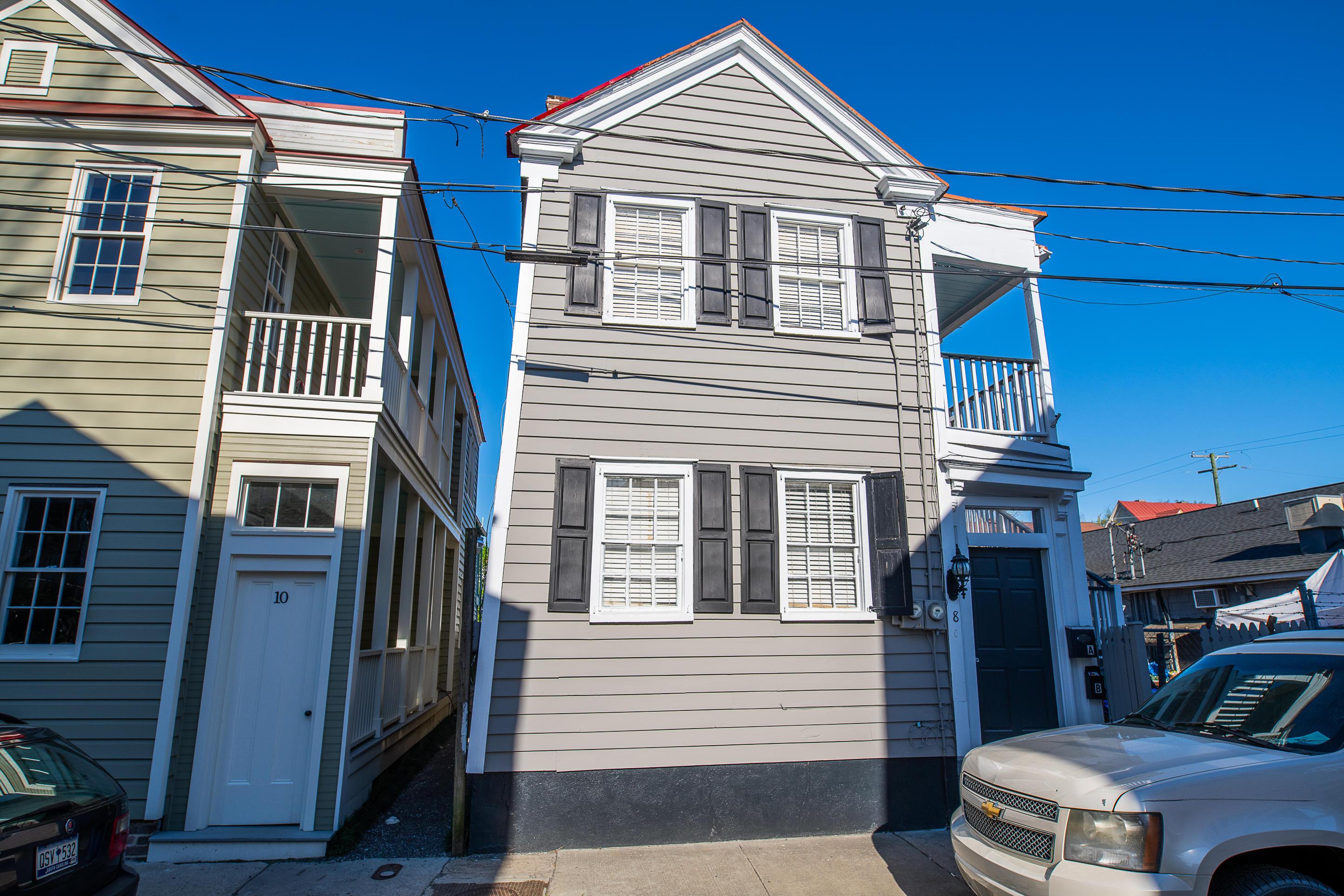 8 Sires Street Charleston, SC 29403