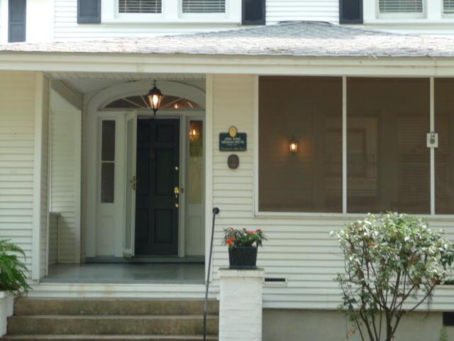 408 Pinckney Street Mcclellanville, SC 29458
