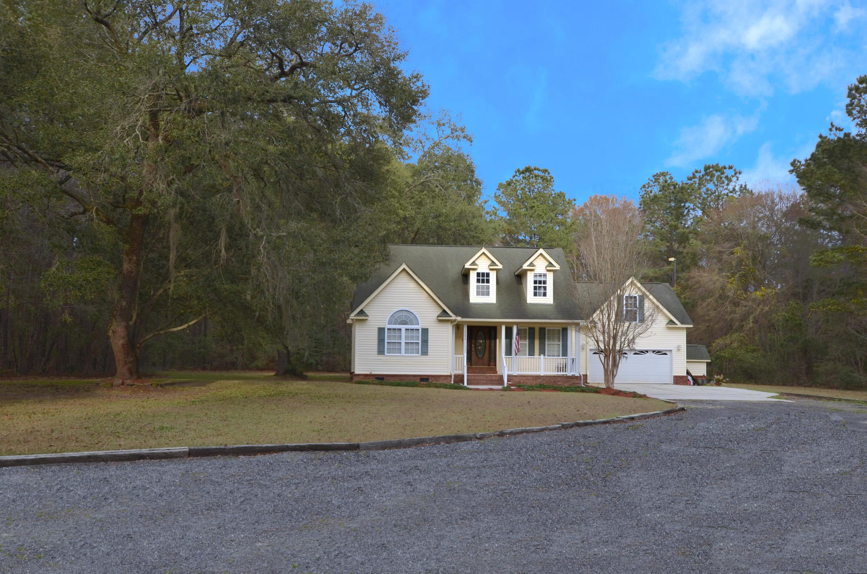 2290 Palmers Bridge Road Mcclellanville, SC 29458