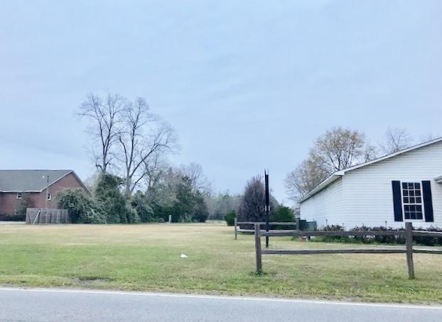 112 Old Garden Lane Bonneau, SC 29431