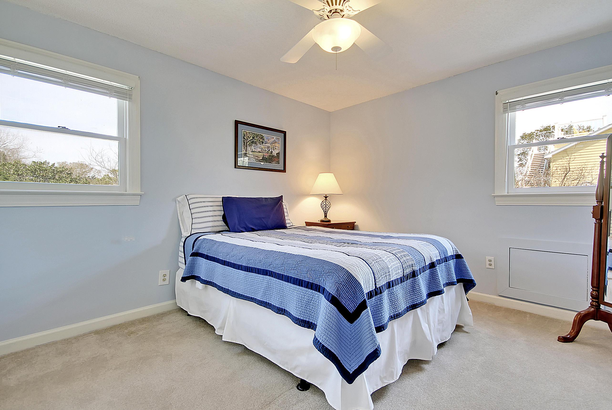 211 William Street Mount Pleasant, SC 29464