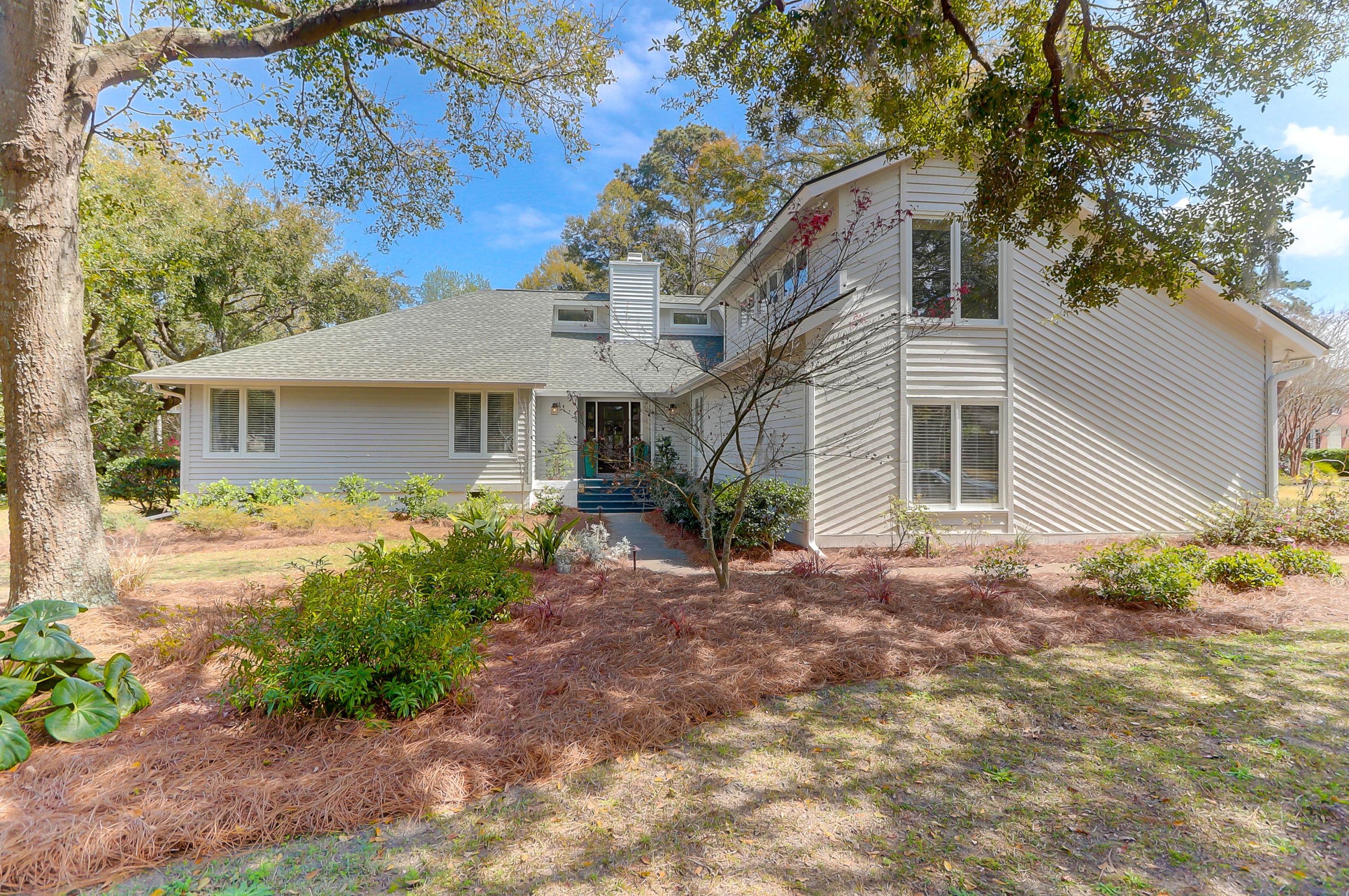 564 Marsh Grass Boulevard Mount Pleasant, SC 29464