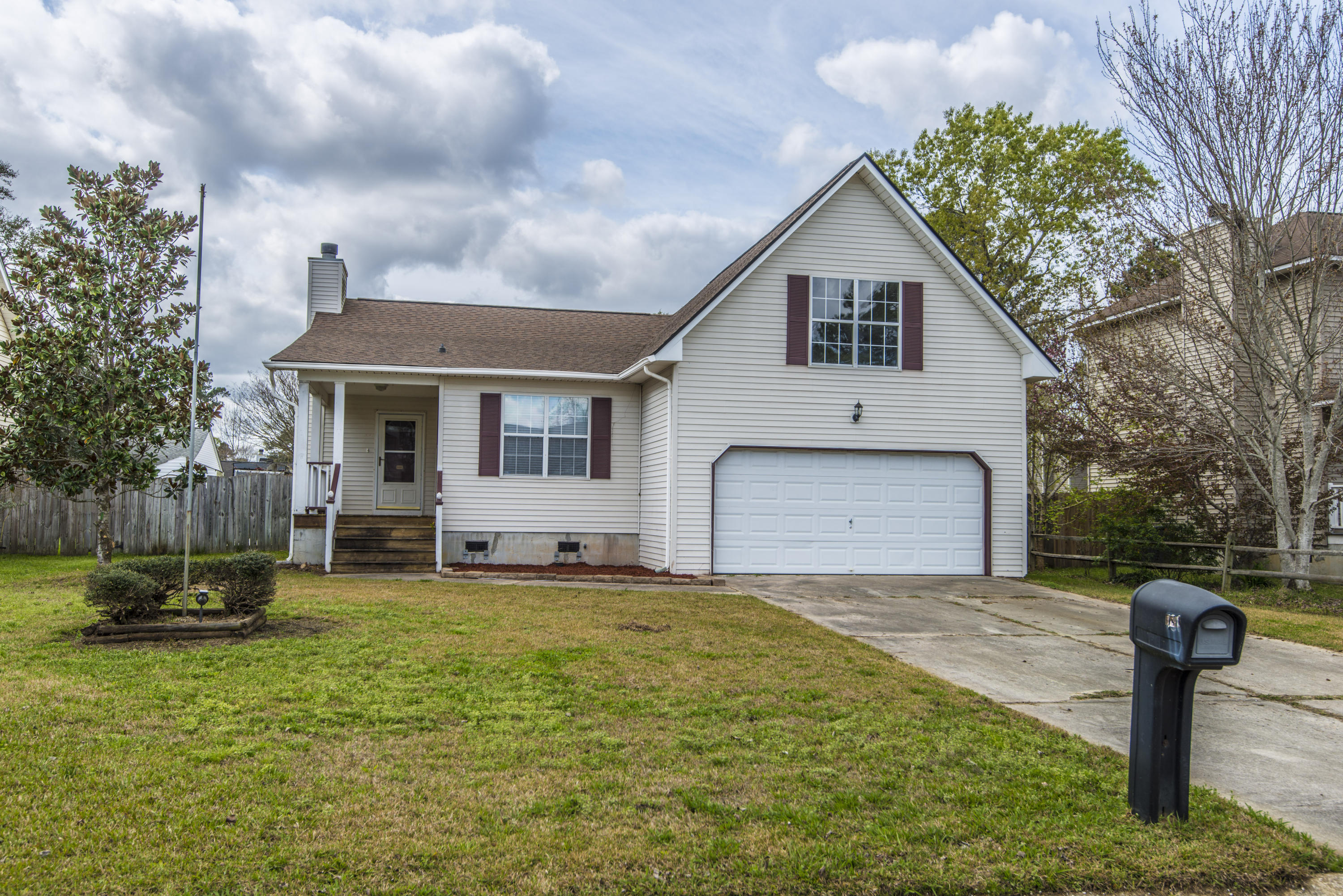 131 Evergreen Magnolia Avenue Goose Creek, SC 29445