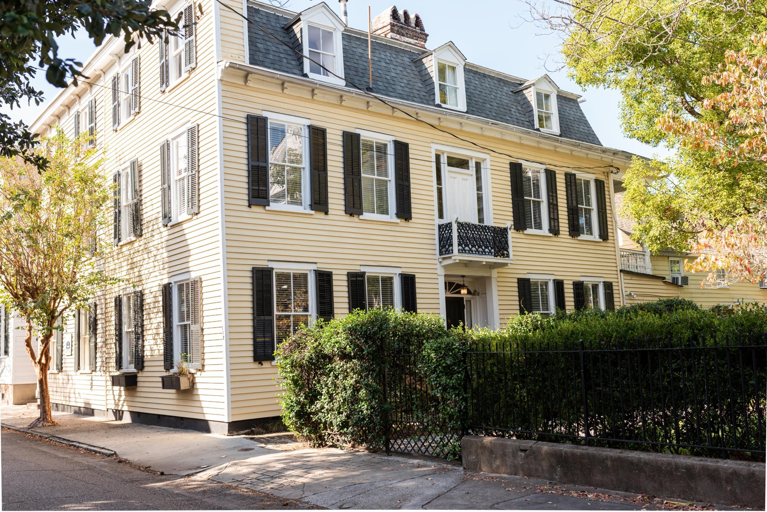 112 Tradd Street Charleston, SC 29401