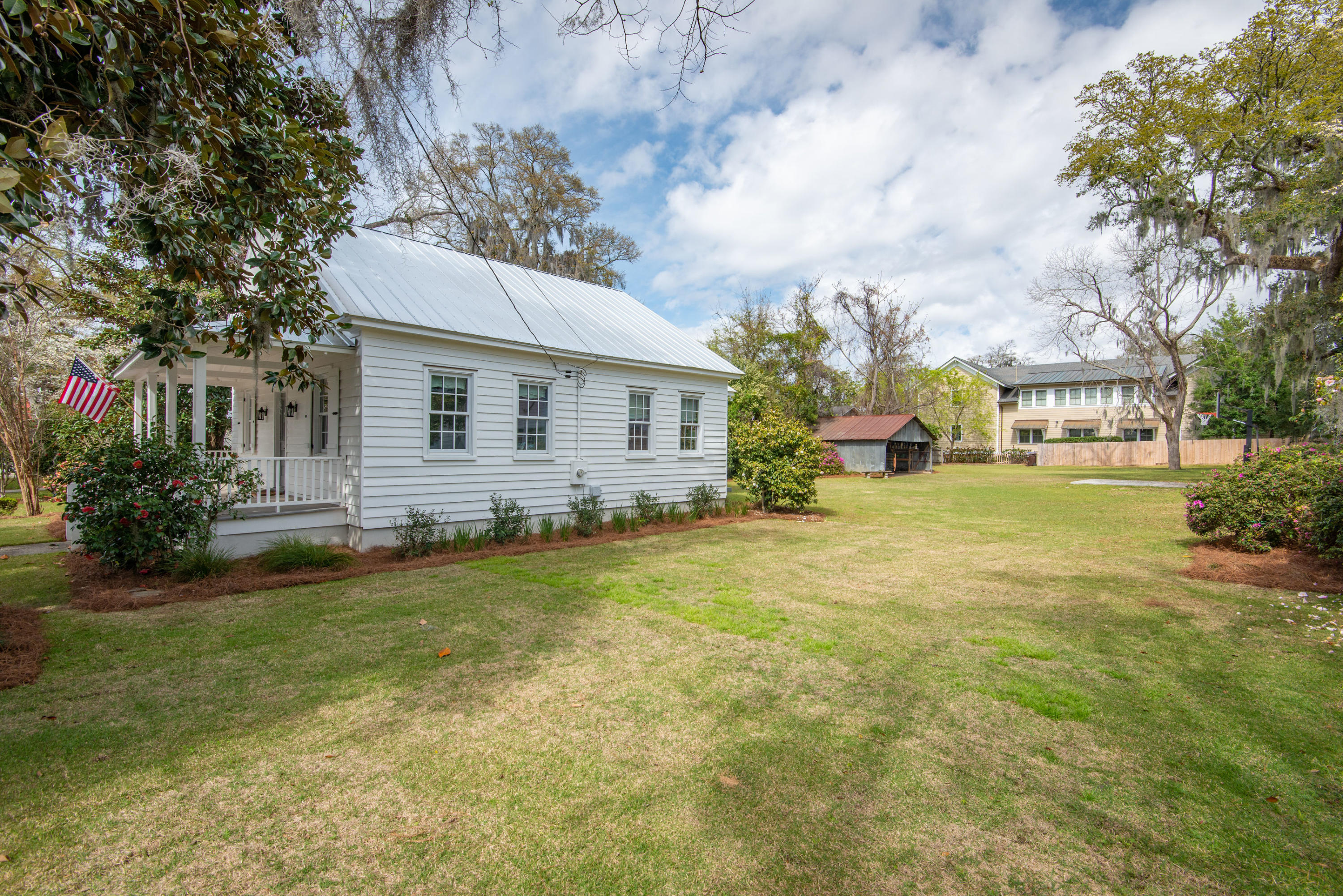 Old Village Homes For Sale - 110 Bennett, Mount Pleasant, SC - 23