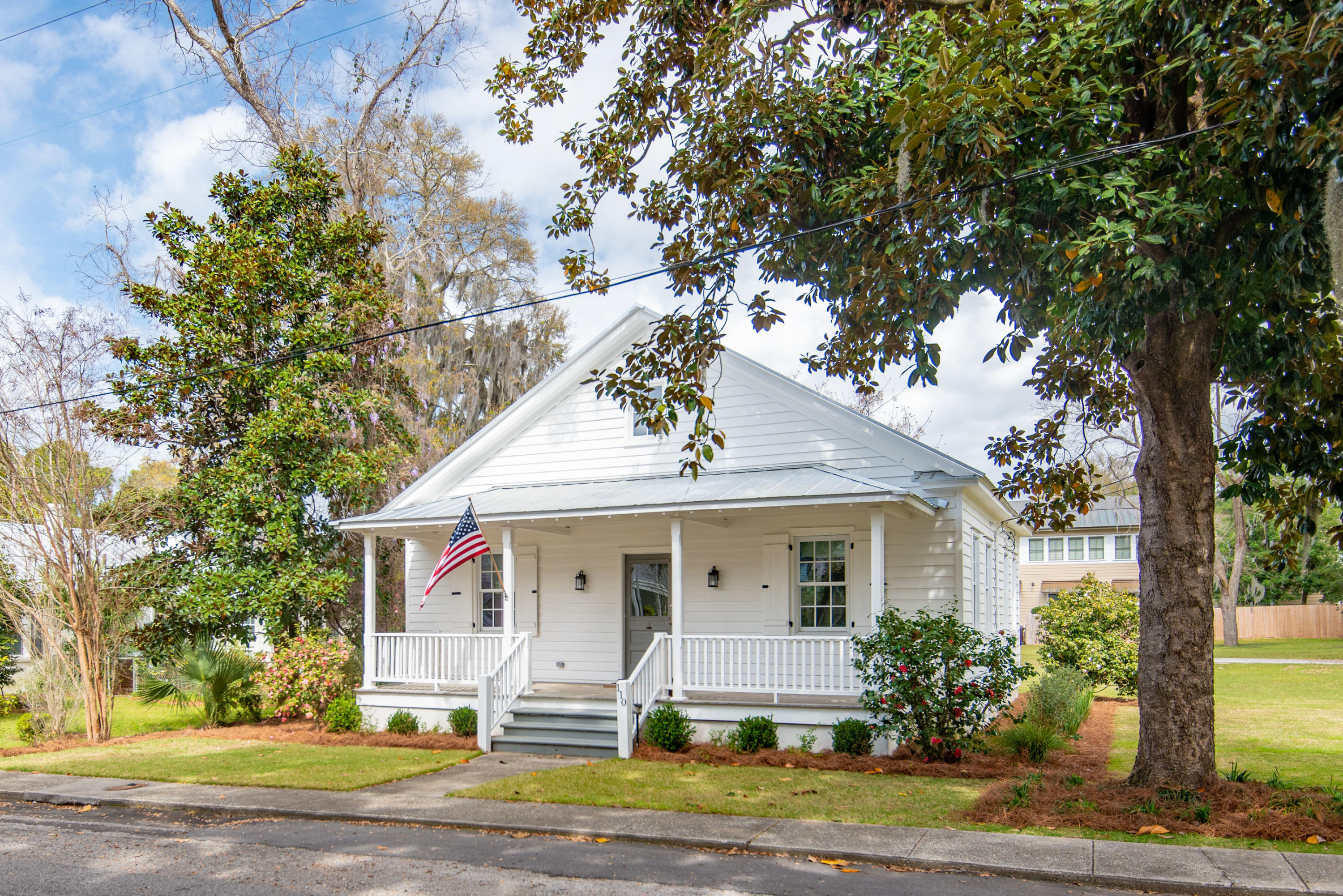 Old Village Homes For Sale - 110 Bennett, Mount Pleasant, SC - 20