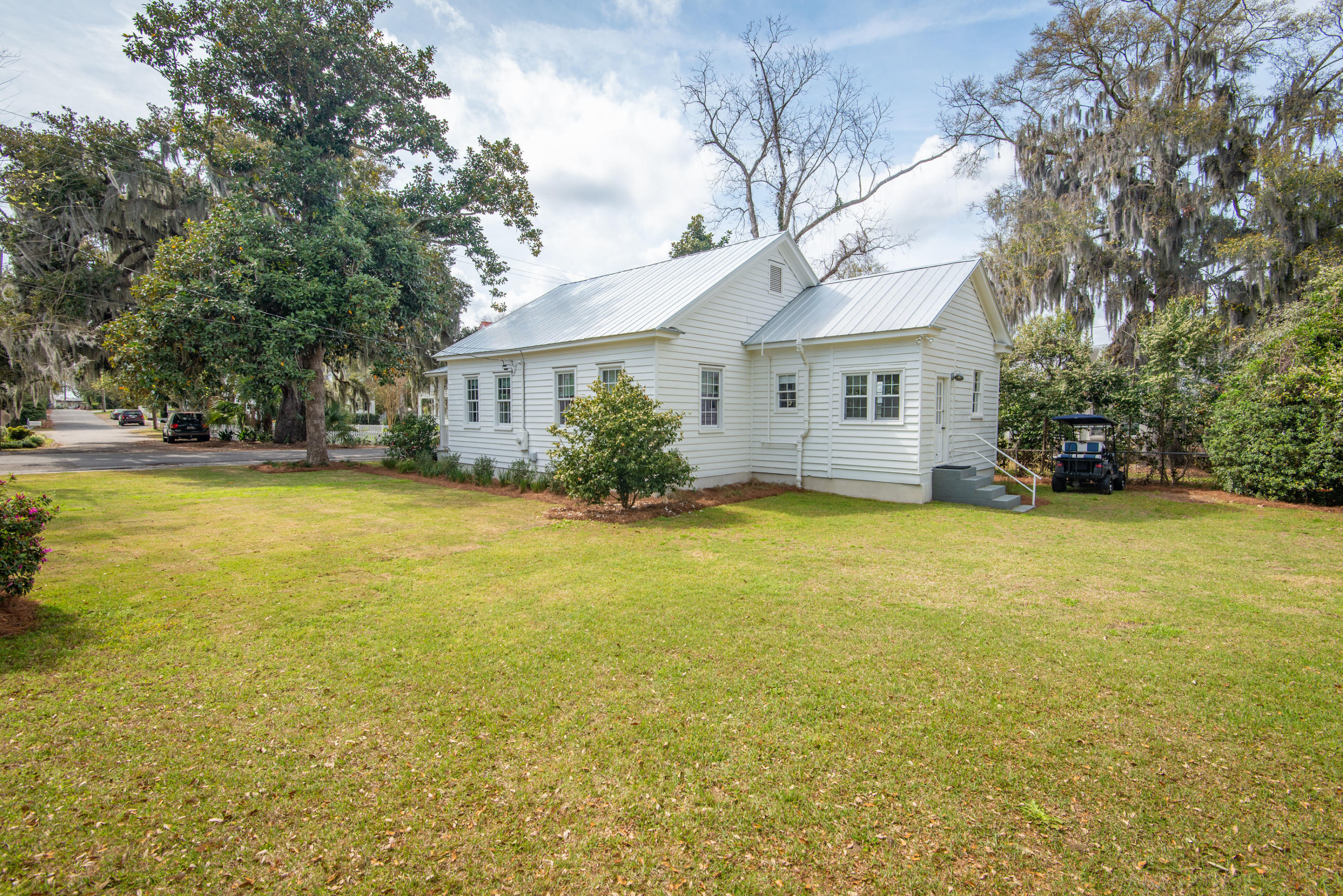 Old Village Homes For Sale - 110 Bennett, Mount Pleasant, SC - 16