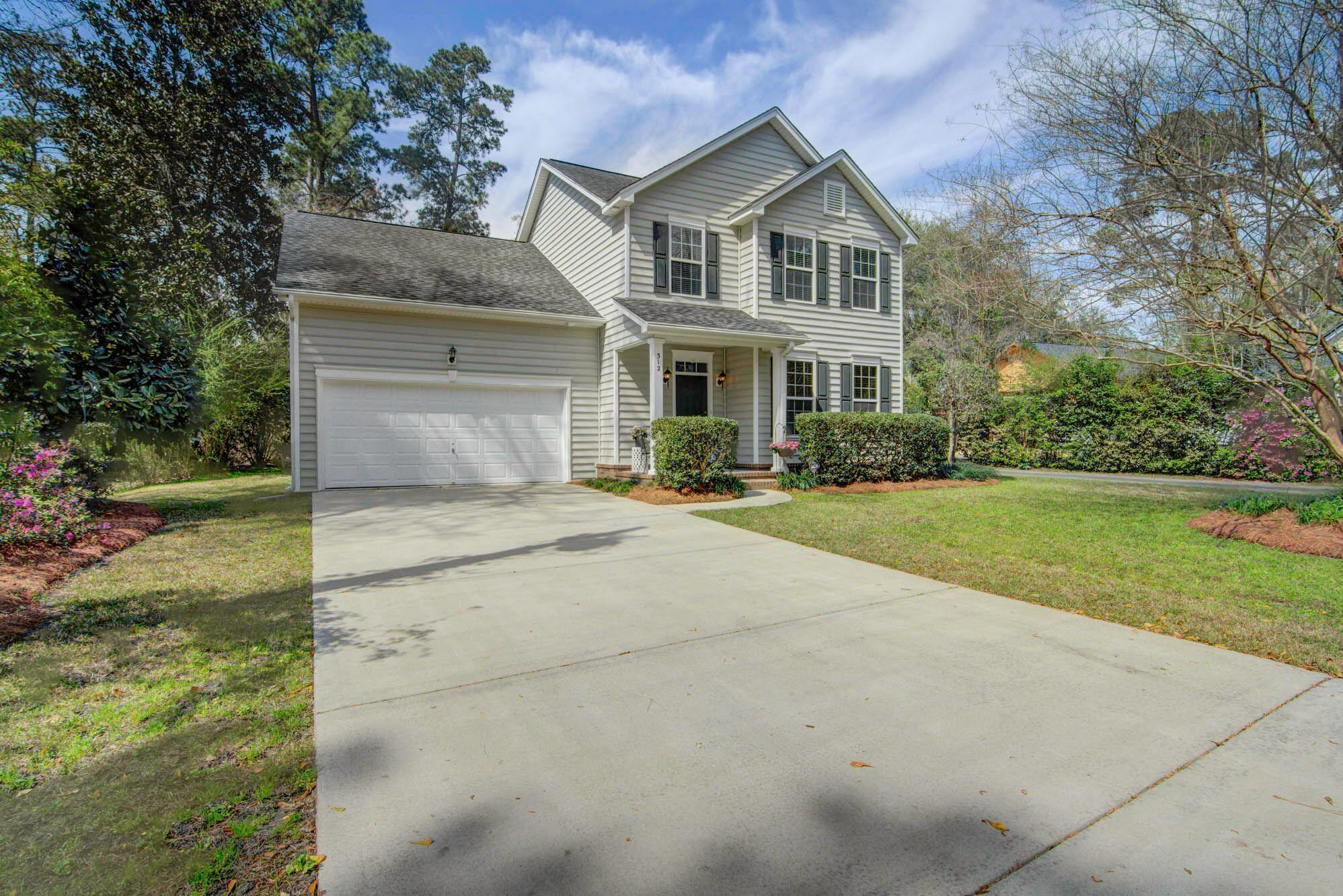 312 Simmons Avenue Summerville, SC 29483