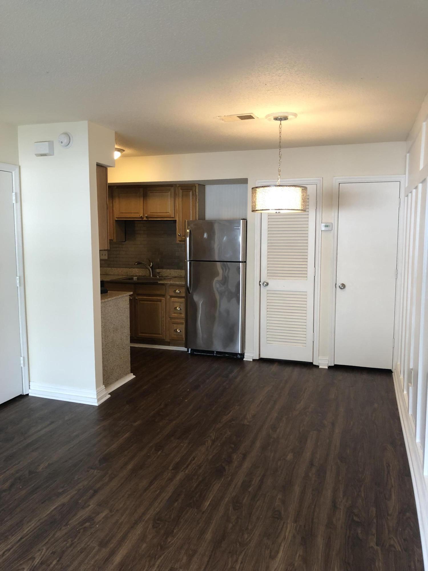 Melrose Park Townhomes Homes For Sale - 2494 Etiwan, Charleston, SC - 2