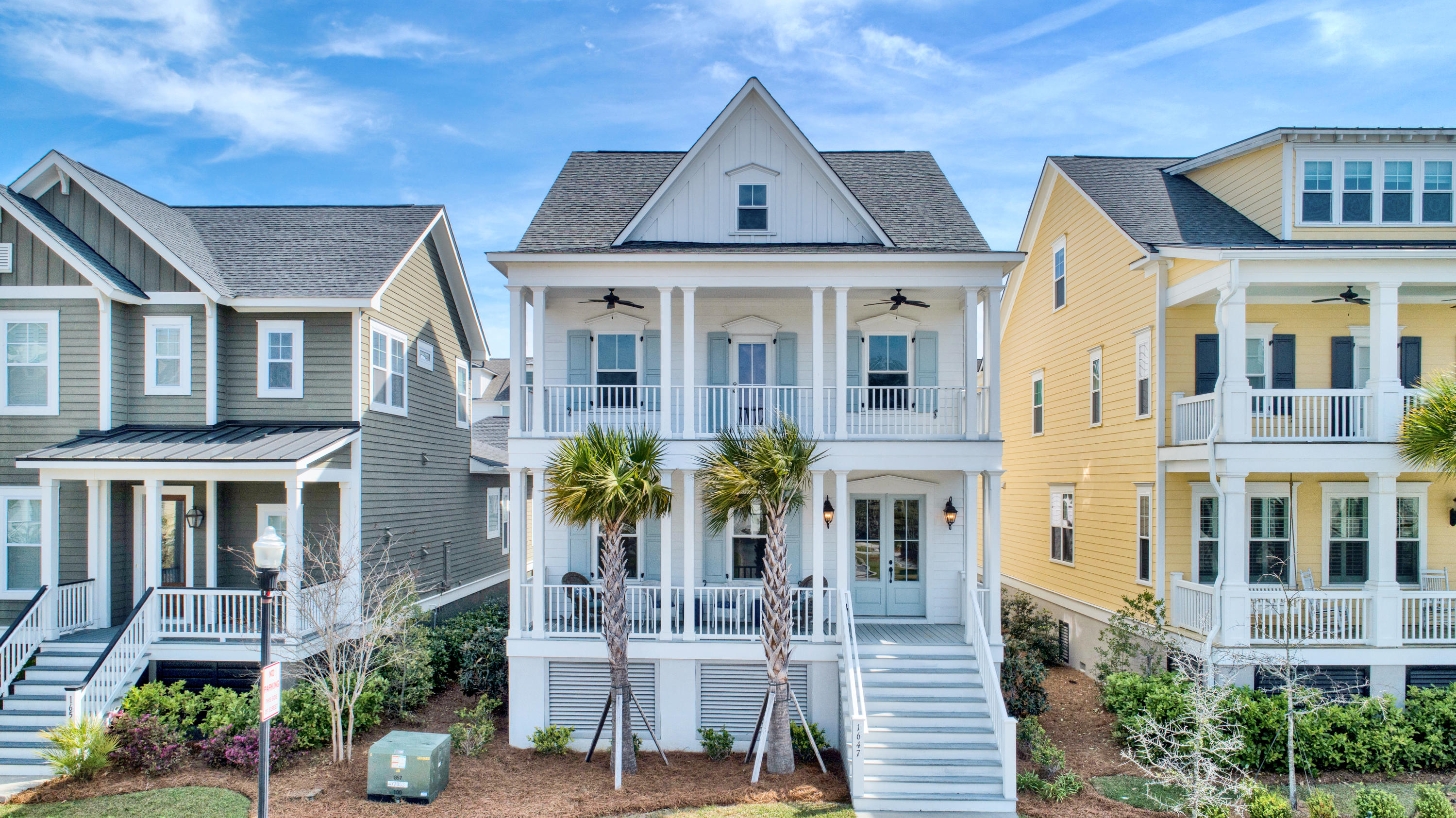 1647 Pierce Street Charleston, SC 29492