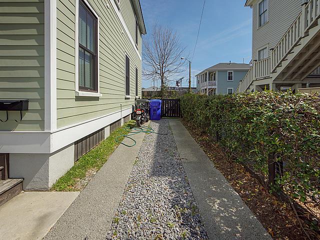 20 Engel Street Charleston, SC 29403