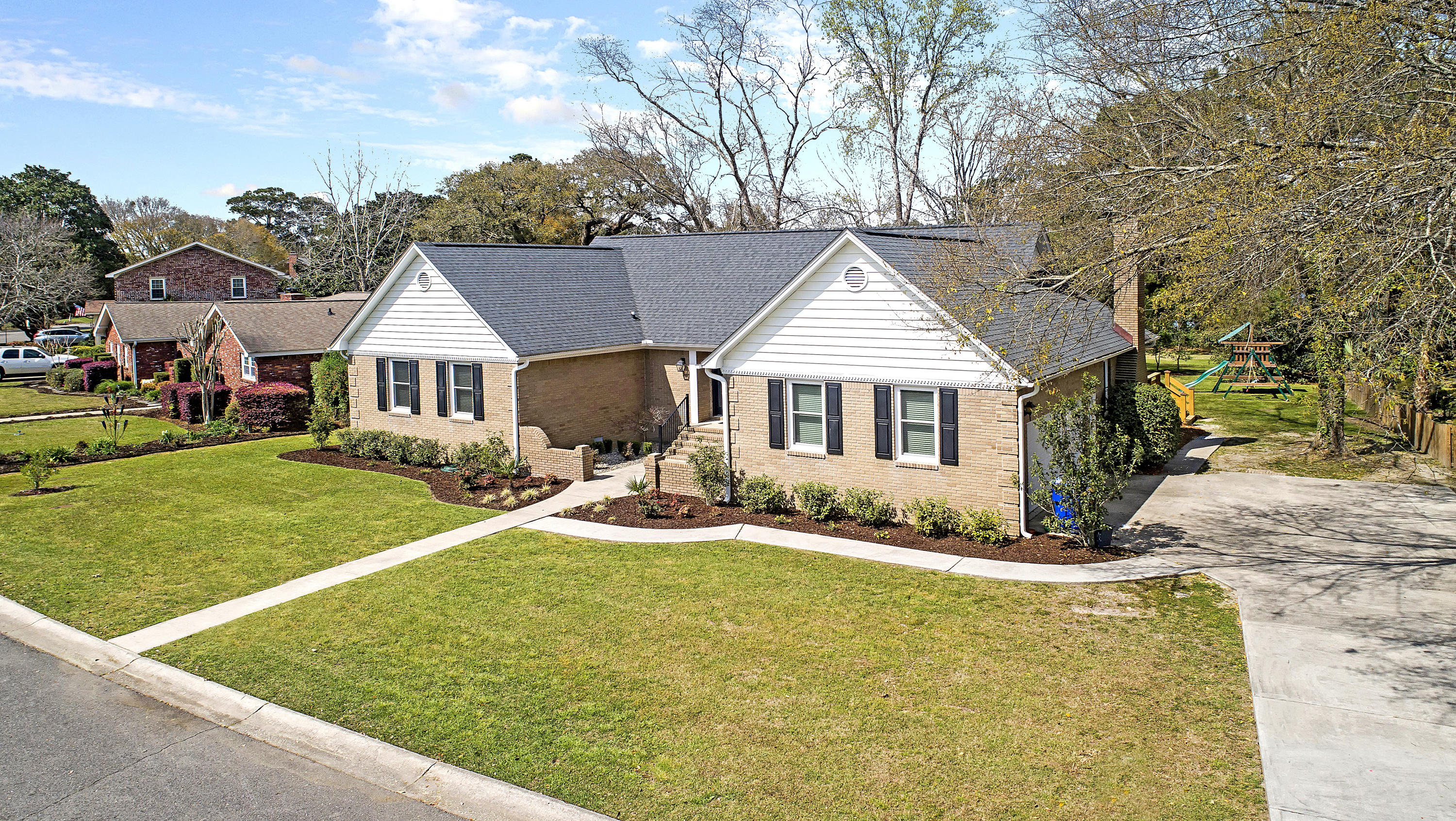 Wakendaw Lakes Homes For Sale - 1288 Barksdale, Mount Pleasant, SC - 33