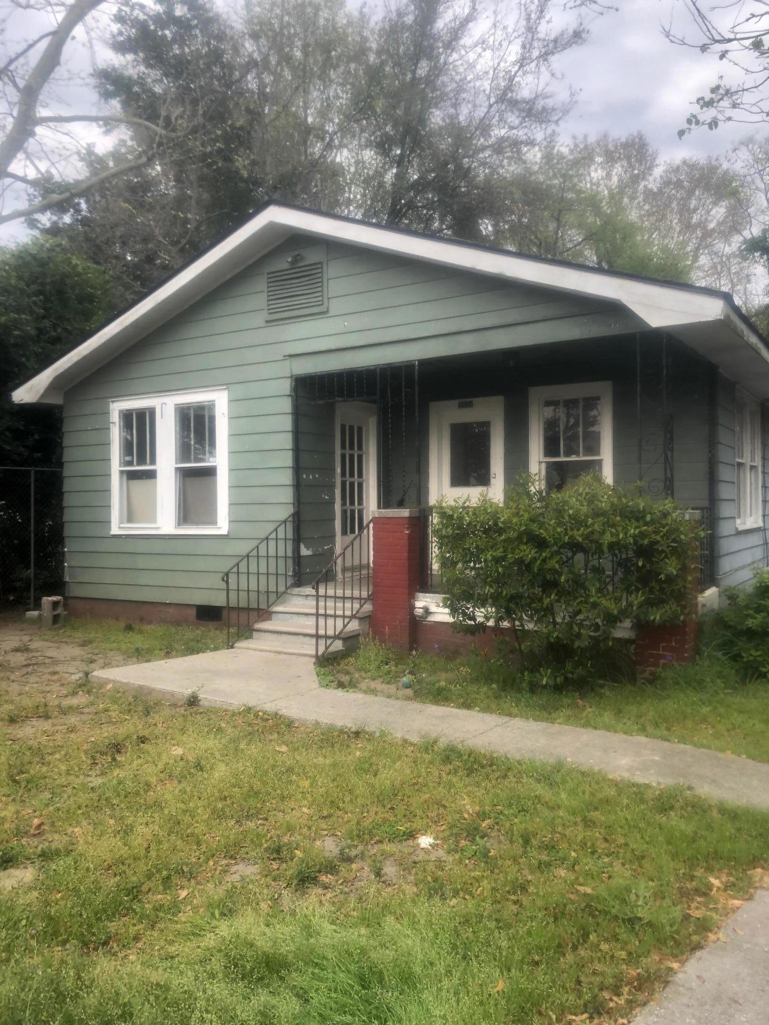 2924 Chicora Avenue North Charleston, SC 29405