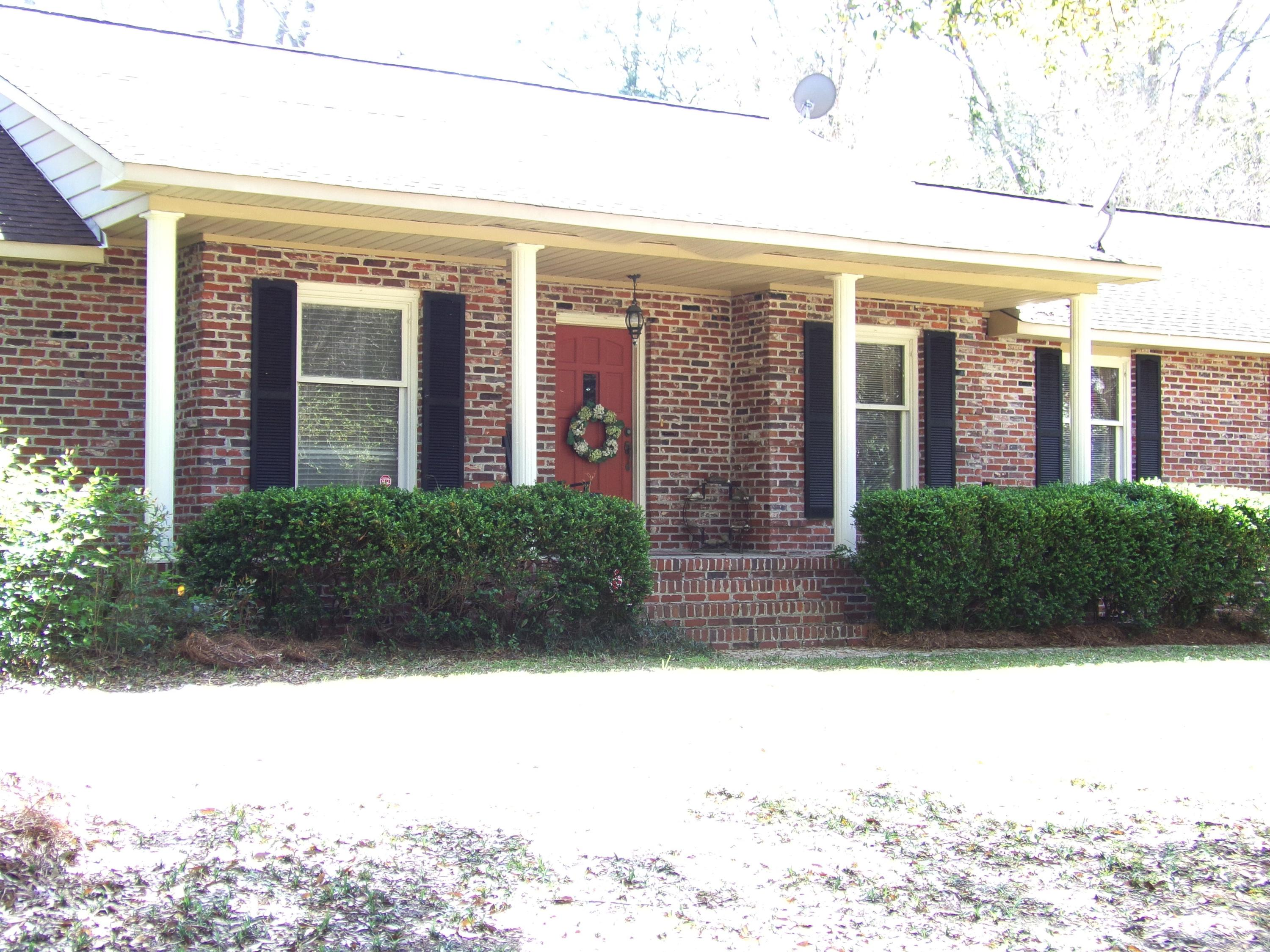 1135 Freelock Drive Mount Pleasant, SC 29464
