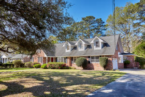 27 Farmfield Avenue, Charleston, SC 29407