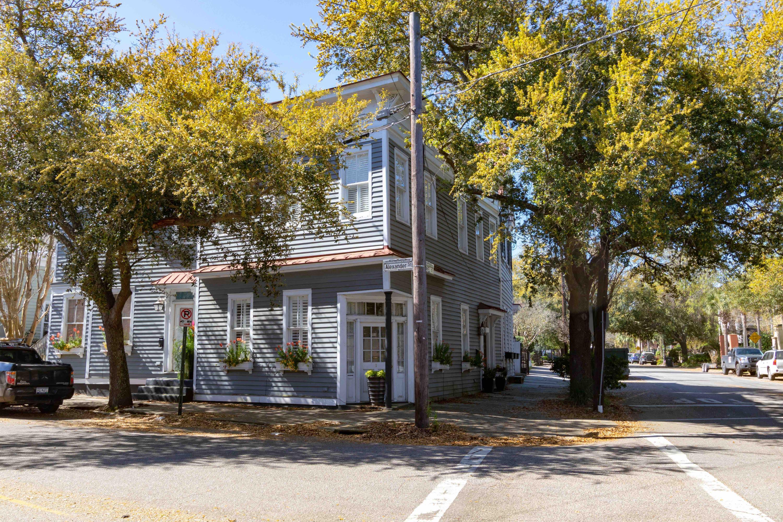25 Chapel Street Charleston, SC 29403