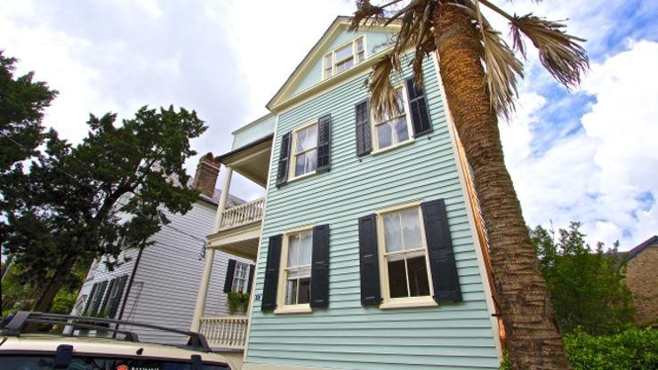 27 Smith Street Charleston, SC 29401