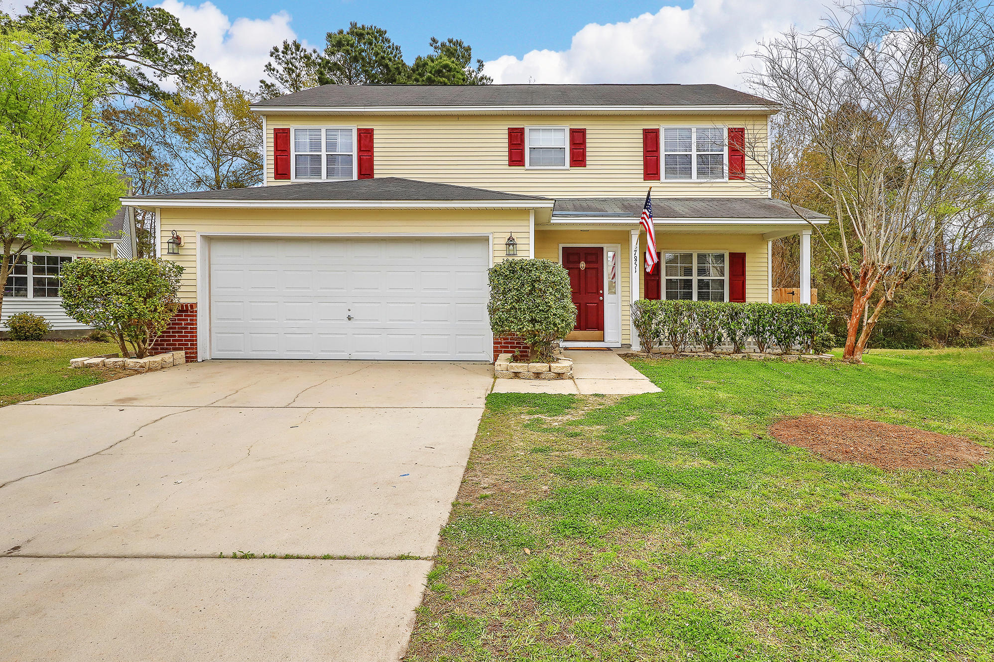7851 Long Shadow Lane North Charleston, SC 29406