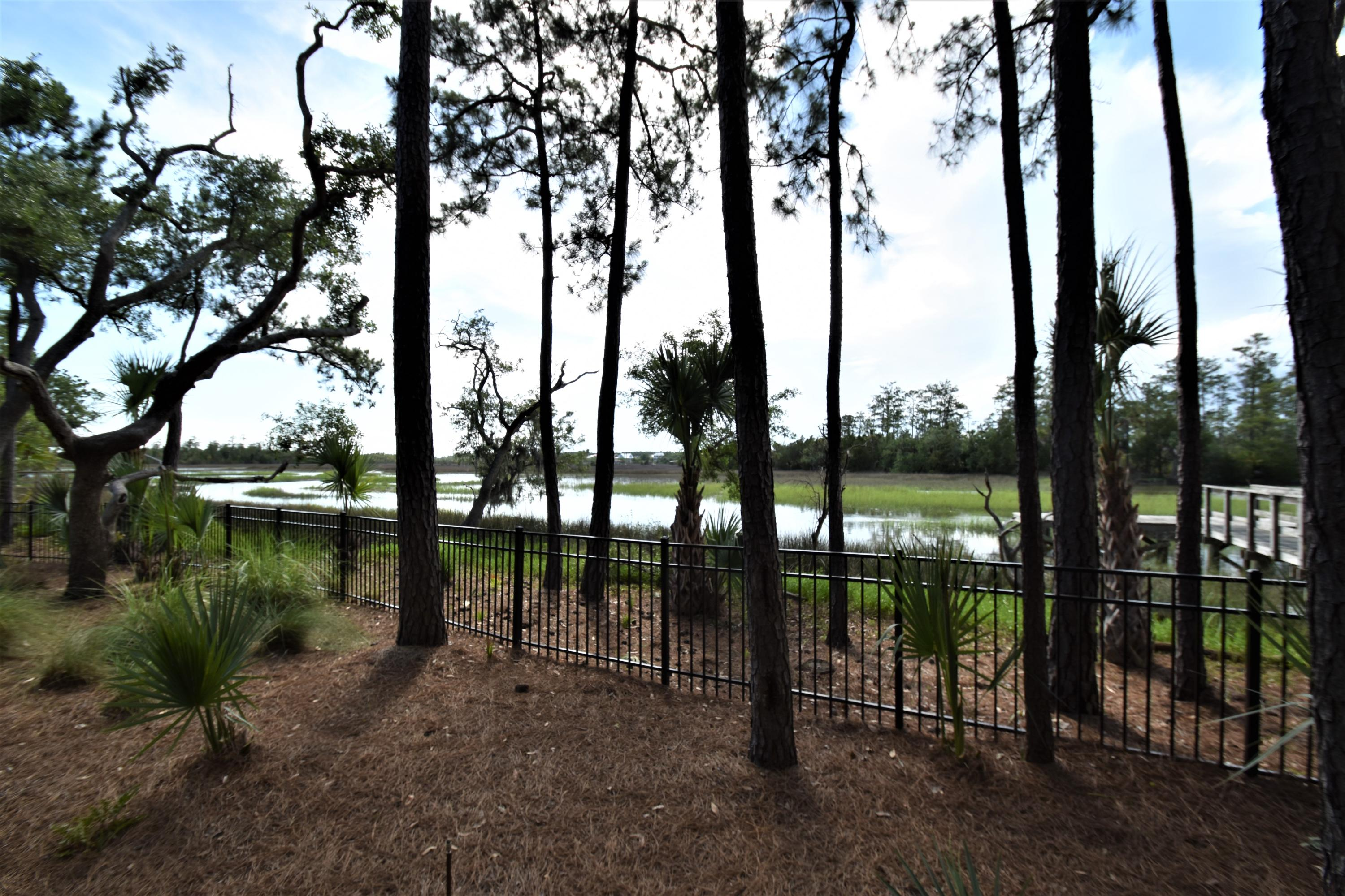 61 Watroo Point Charleston, SC 29492