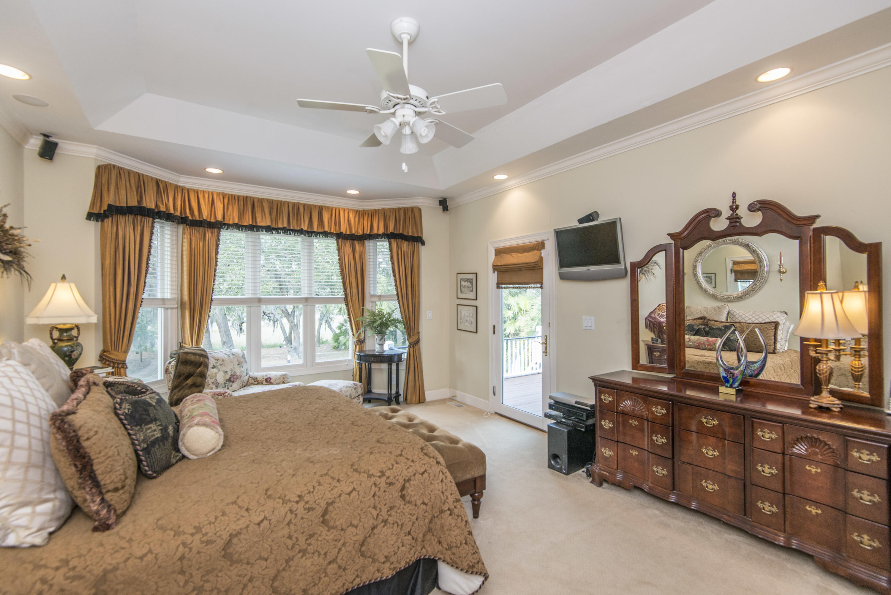 Stiles Point Plantation Homes For Sale - 906 Kushiwah Creek, Charleston, SC - 24