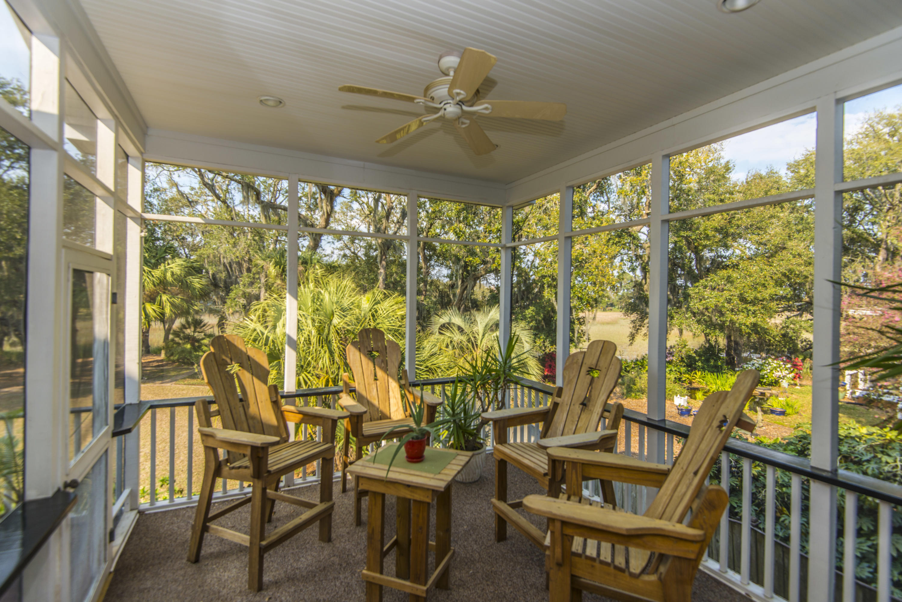 Stiles Point Plantation Homes For Sale - 906 Kushiwah Creek, Charleston, SC - 18