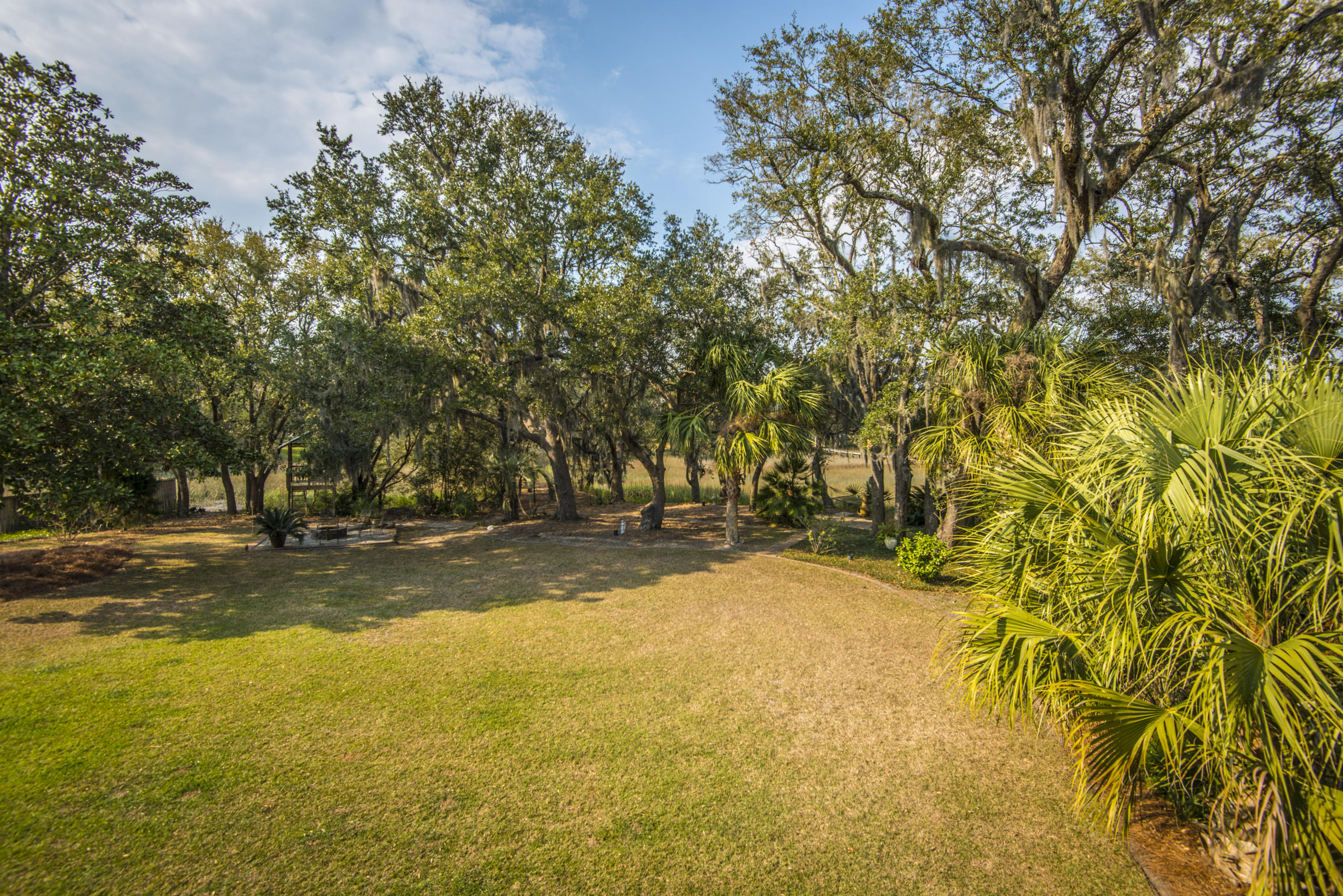 Stiles Point Plantation Homes For Sale - 906 Kushiwah Creek, Charleston, SC - 48