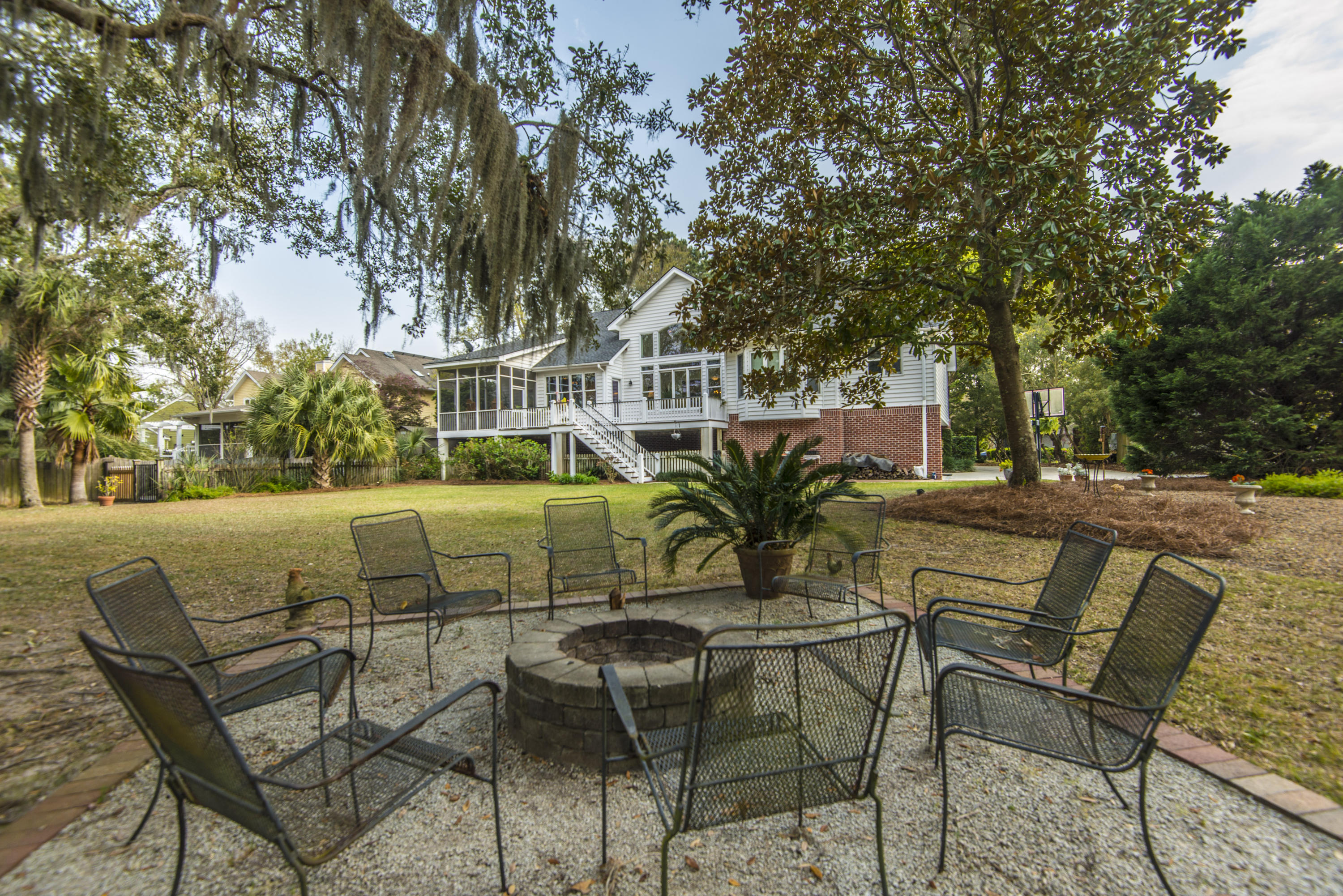 Stiles Point Plantation Homes For Sale - 906 Kushiwah Creek, Charleston, SC - 52