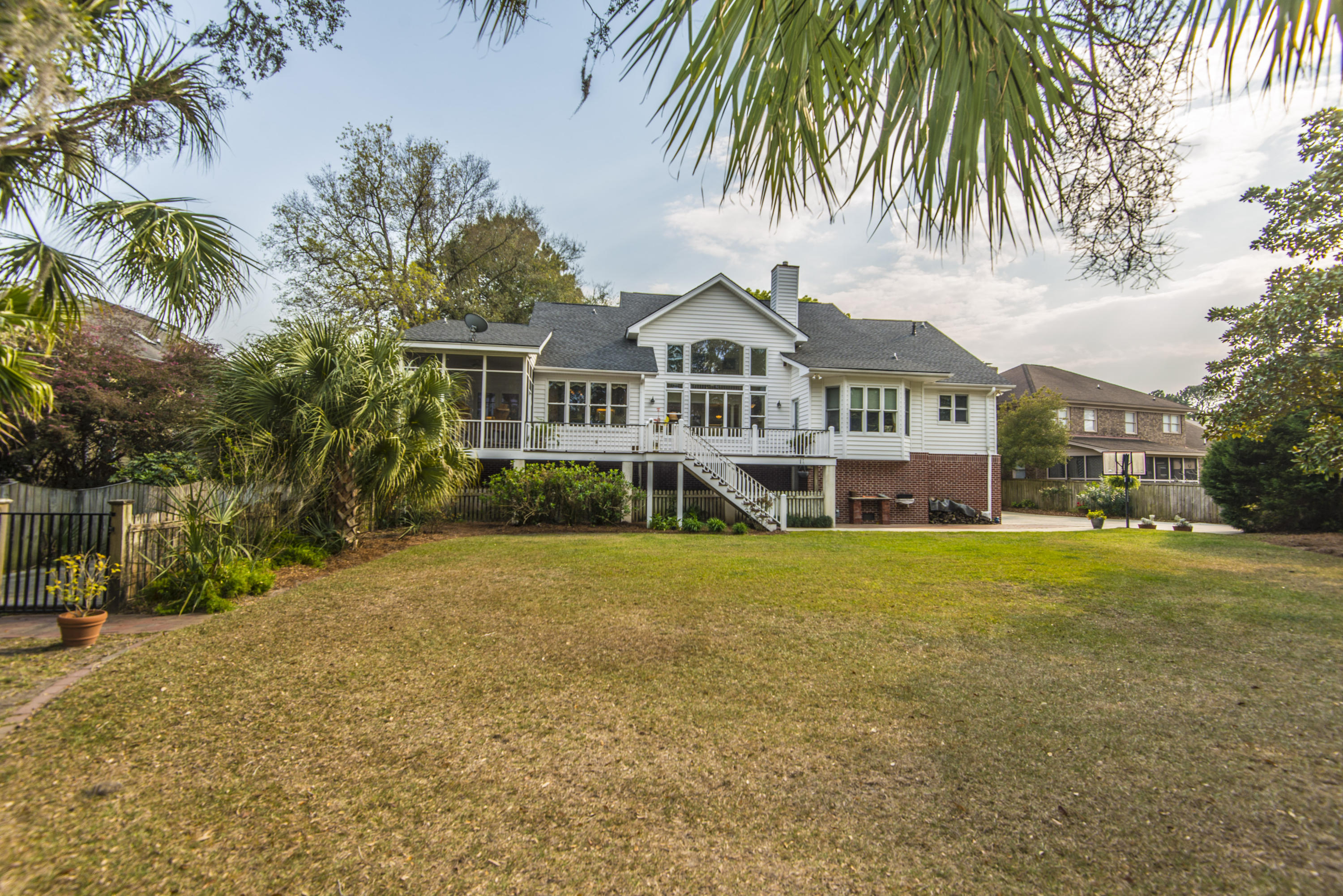 Stiles Point Plantation Homes For Sale - 906 Kushiwah Creek, Charleston, SC - 49