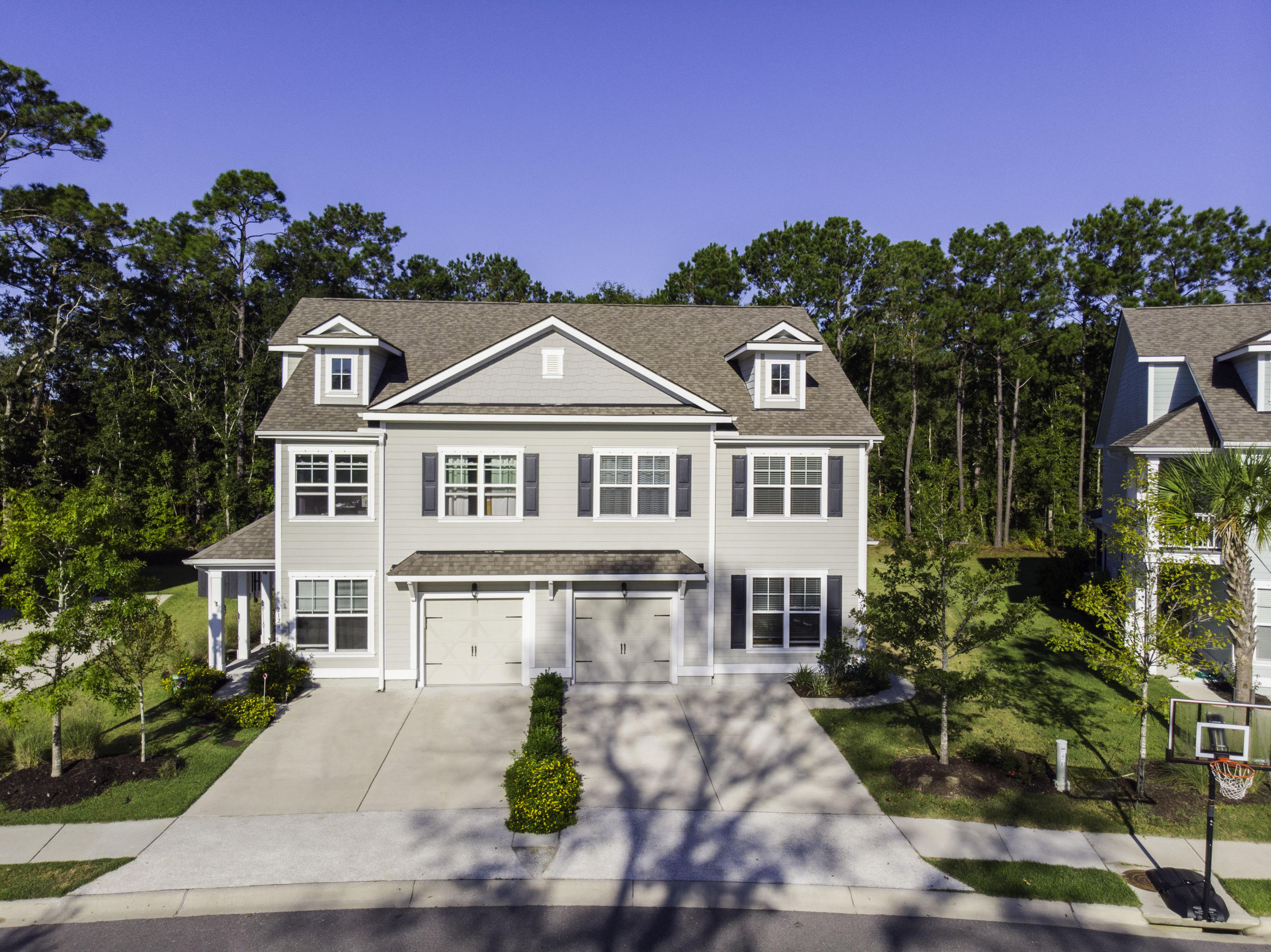 2121 Oyster Reef Lane Mount Pleasant, SC 29466
